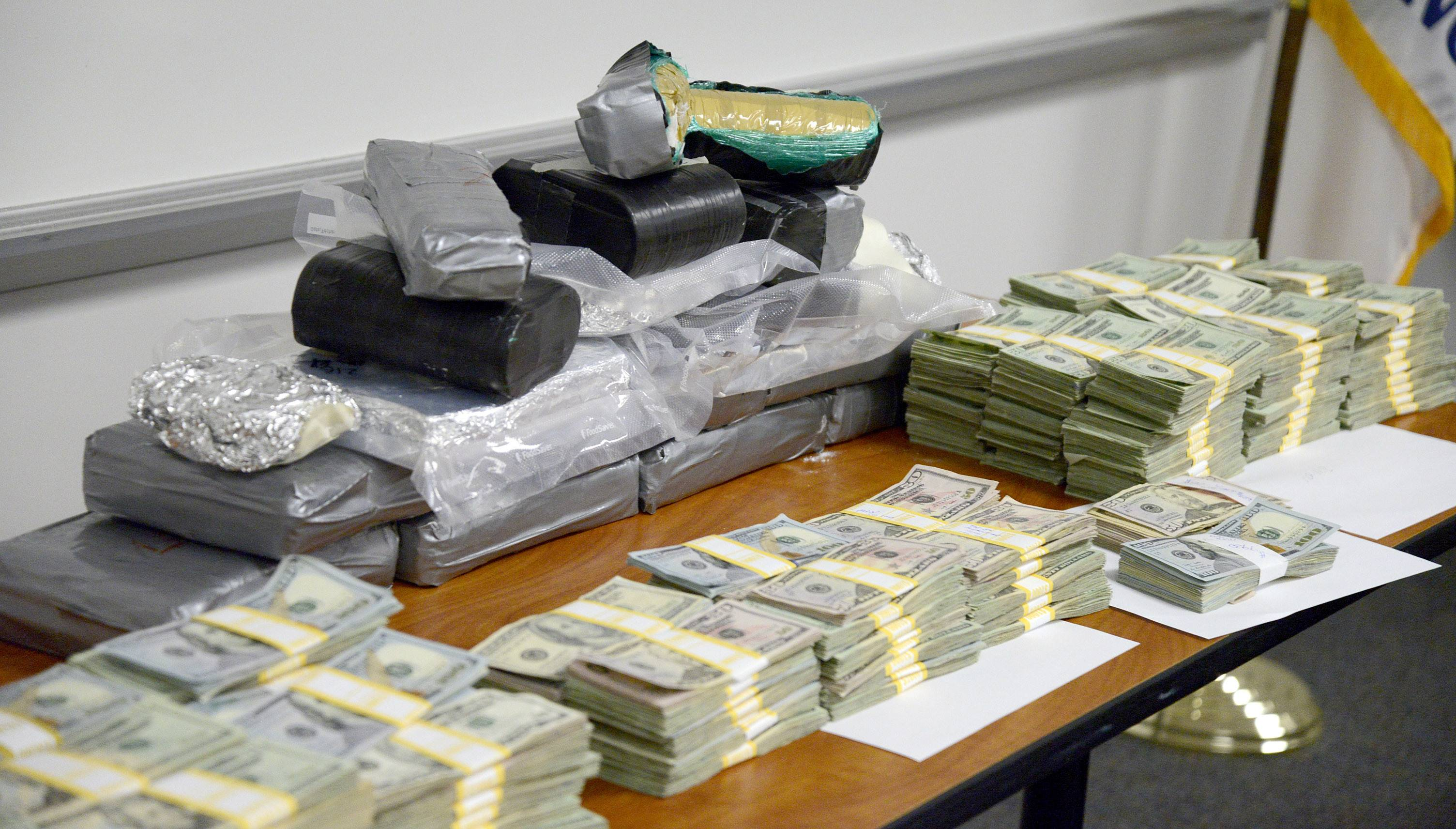 Kane County State's Attorney Joe McMahon and Kane County Sheriff Pat Perez announced Friday a major seizure of cocaine plus $259,569 in cash from an Aurora home.