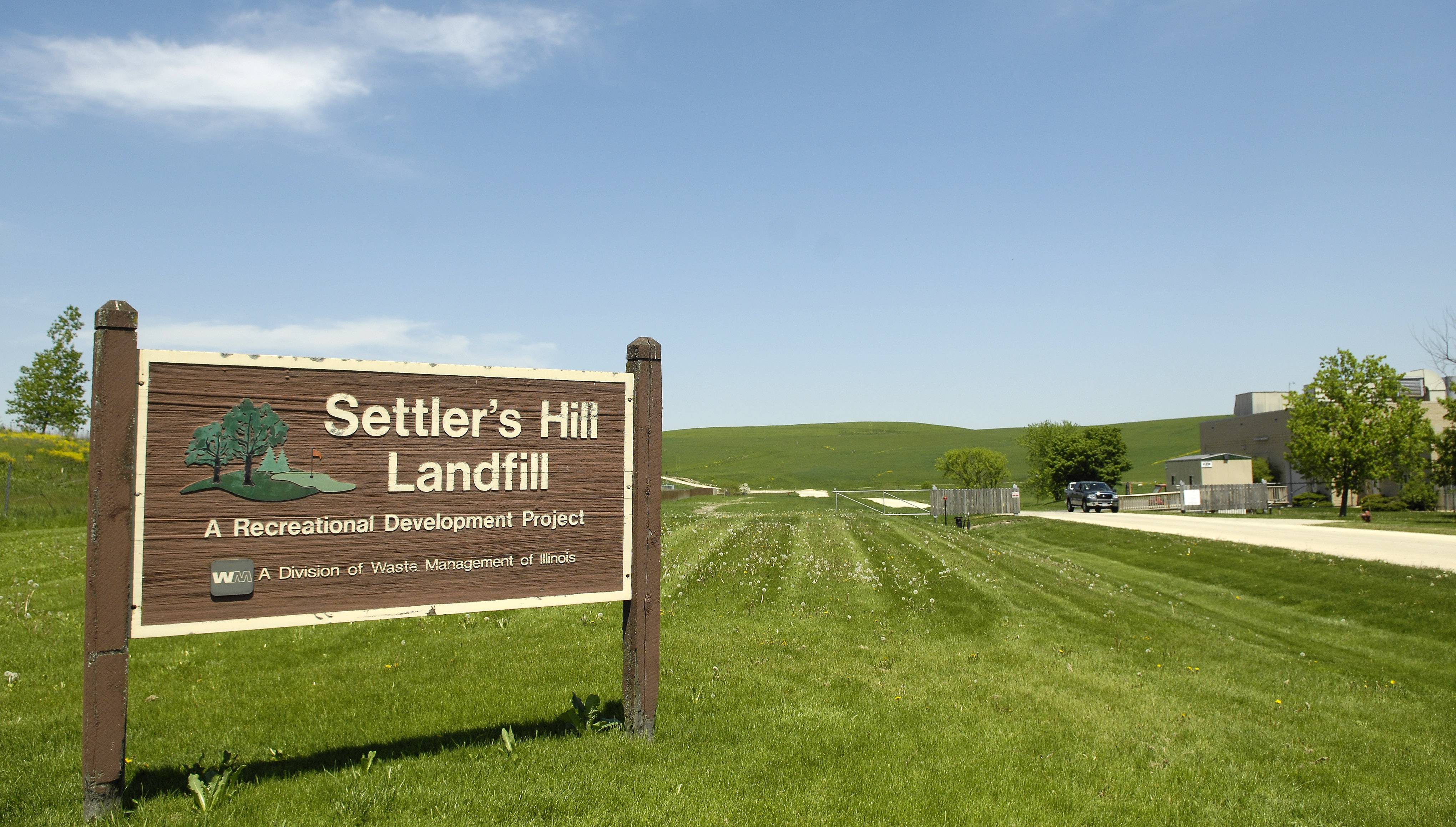 Progress toward redeveloping the Settler's Hill landfill had been somewhat stalled of late, but momentum picked up this week, Kane County Board Member Mike Donahue said.