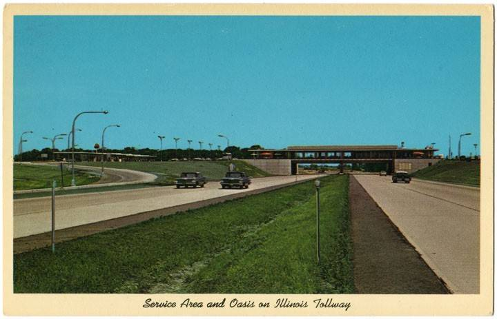 The Des Plaines Oasis opened in 1959 with a Fred Harvey sit-down restaurant.