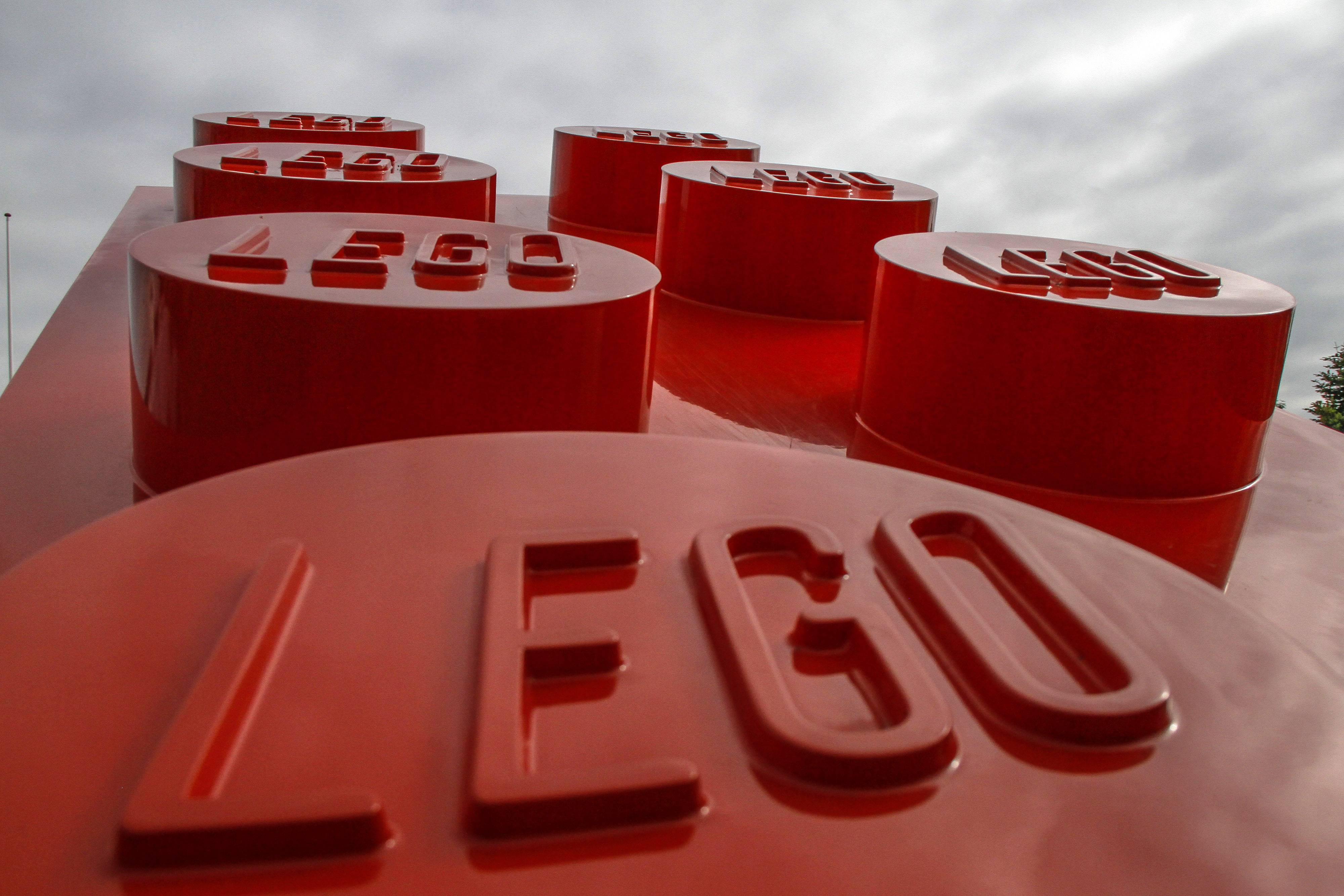 A downstate public library is hoping to use Legos to improve physical, imaginative and mechanical qualities in children that increase attention span, memory, creativity, language and vocabulary skills all in a fun and relaxed atmosphere.
