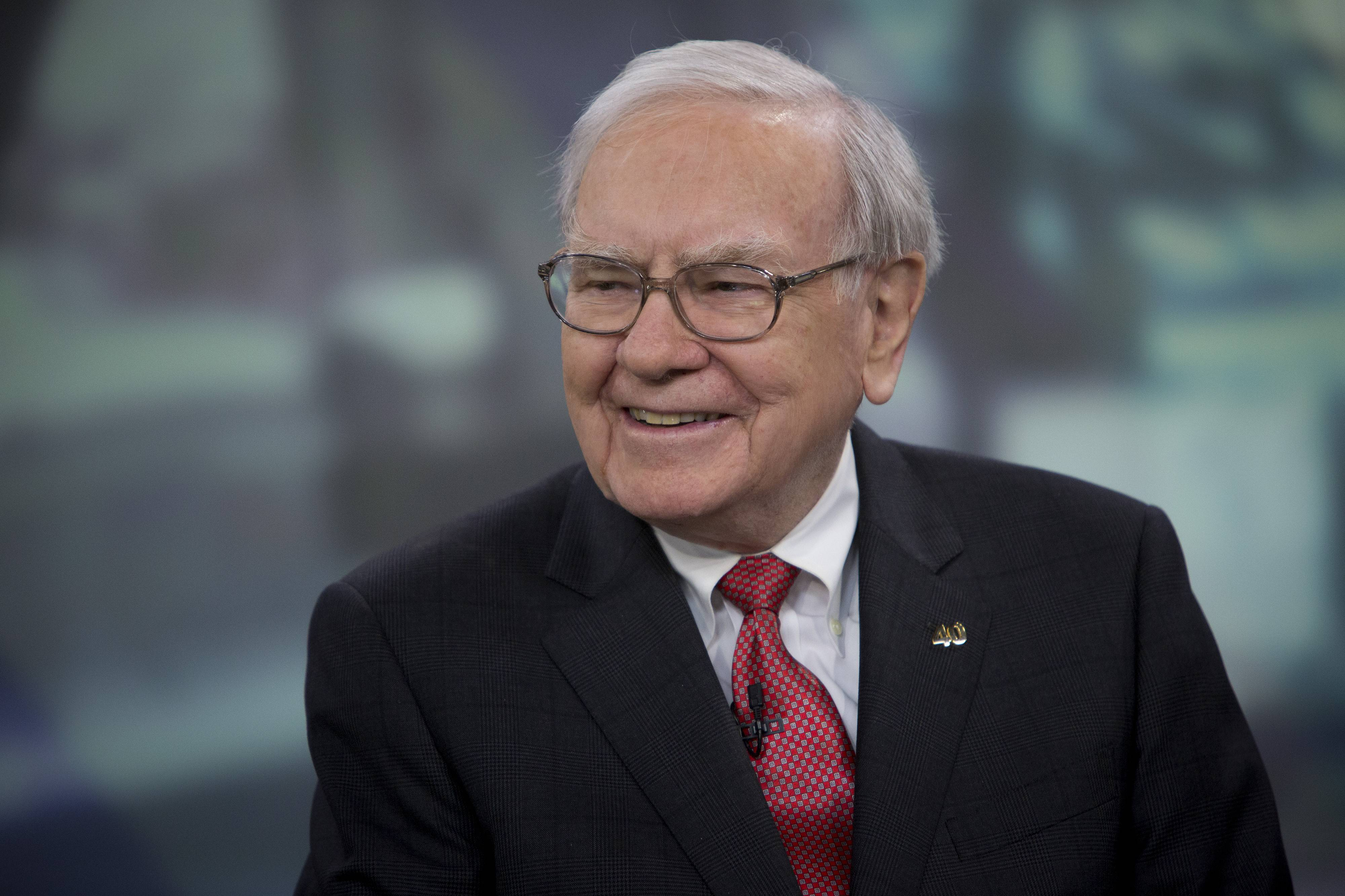 ASSOCIATED PRESS This man, Warren Buffett, chairman and chief executive officer of Berkshire Hathaway Inc., is willing to give you $1 billion, and all you have to do is pick the winners of some college basketball games. Oh, and the odds against you picking all the winners in the NCAA men's tournament, which begins this week, is about 9.2 quintillion-to-1.