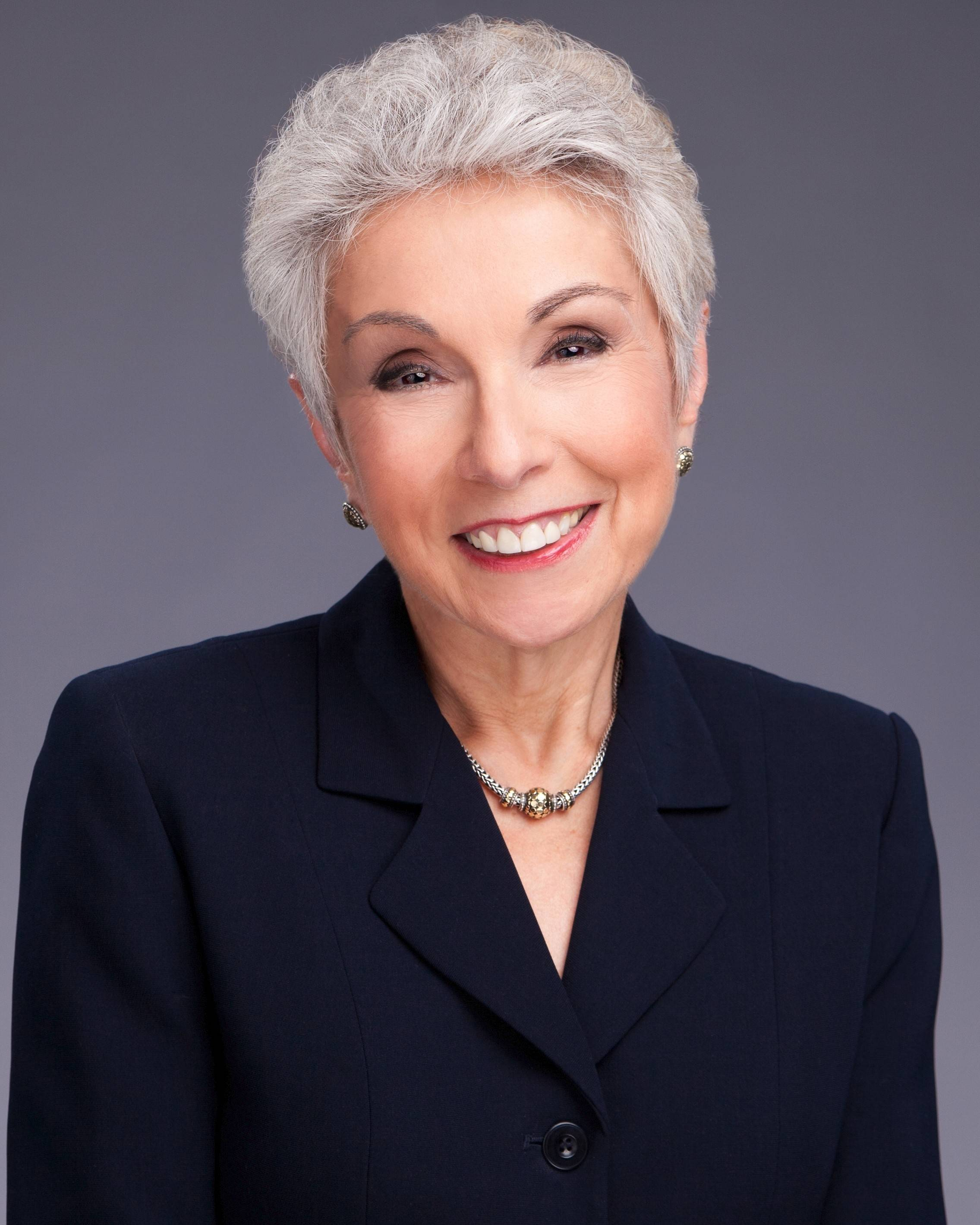 Dr. Sandy Goldberg will emcee the Presence St. Joseph Hospital Auxiliary Fashion Show on April 5.