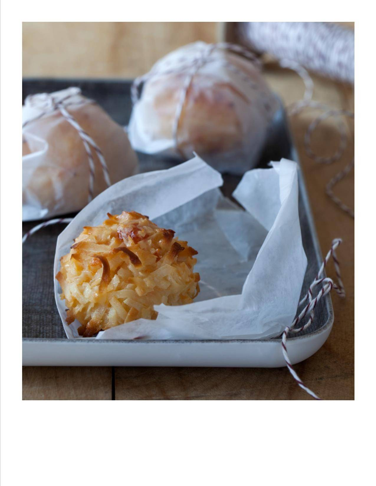 Apricot Macaroons