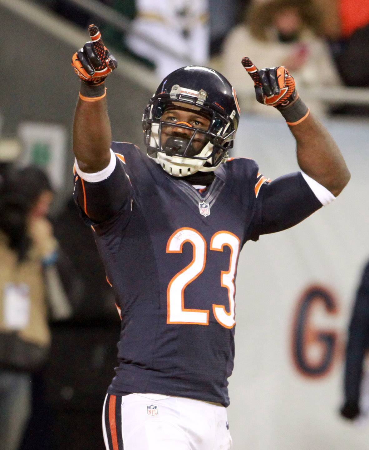 Former Bears kick returner Devin Hester reportedly is asking NFL teams to pay him $4 million for his services.