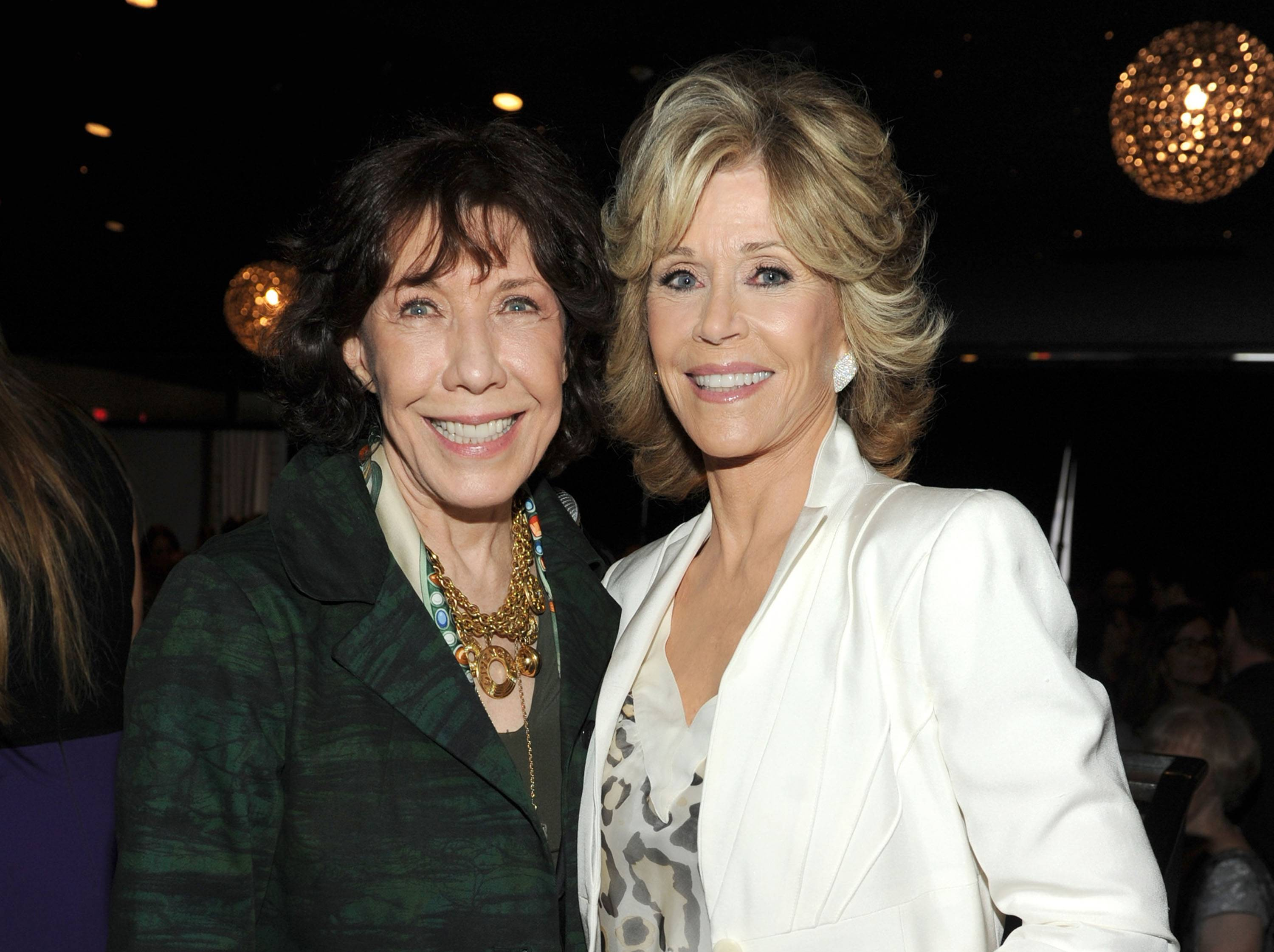 "Netflix says it's reuniting Jane Fonda and Lily Tomlin for a new comedy series called ""Grace and Frankie."""