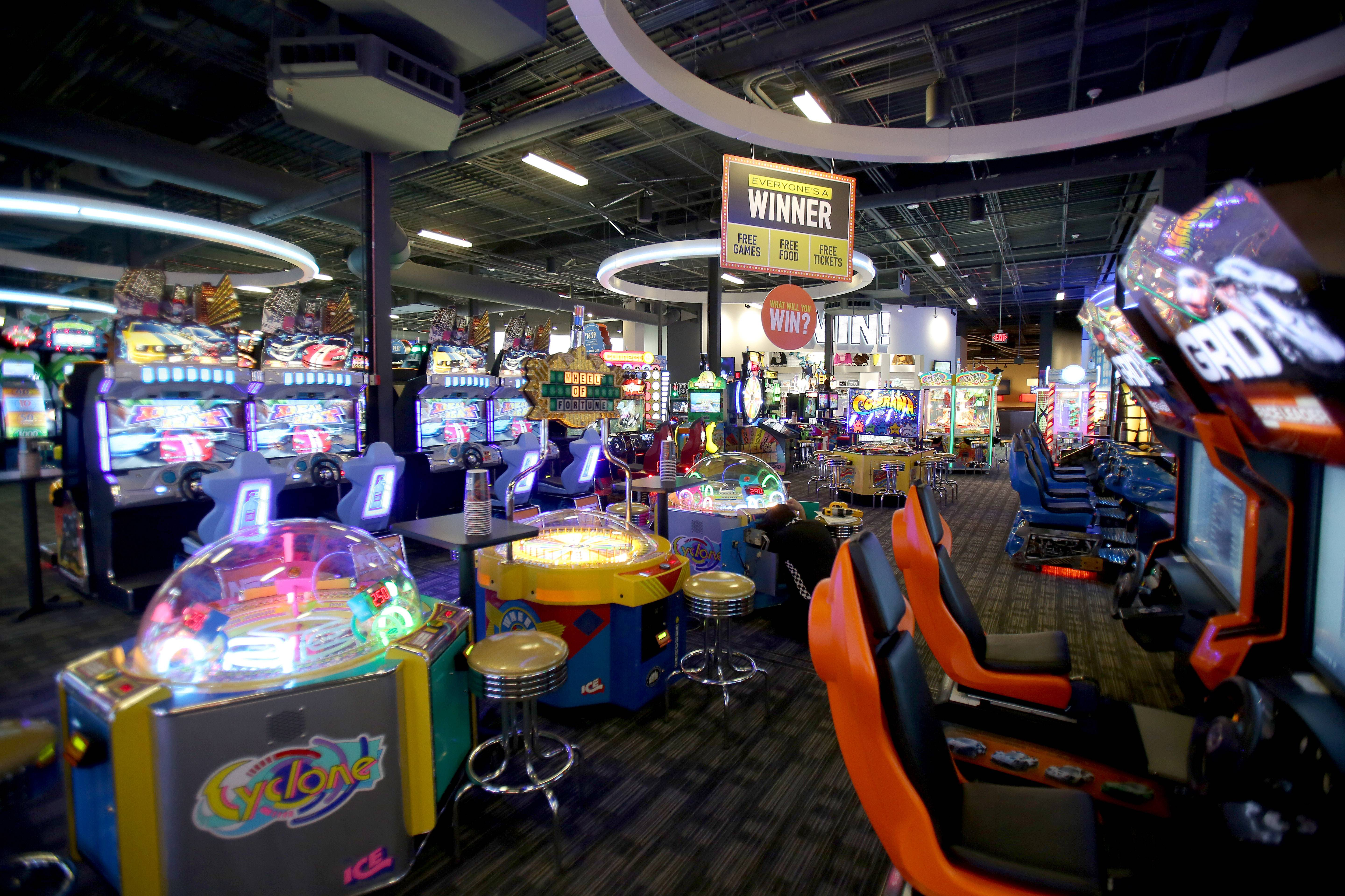 The Dave & Buster's restaurant/arcade chain will open its fourth Chicago-area location on Wednesday at Westfield Hawthorn mall in Vernon Hills.