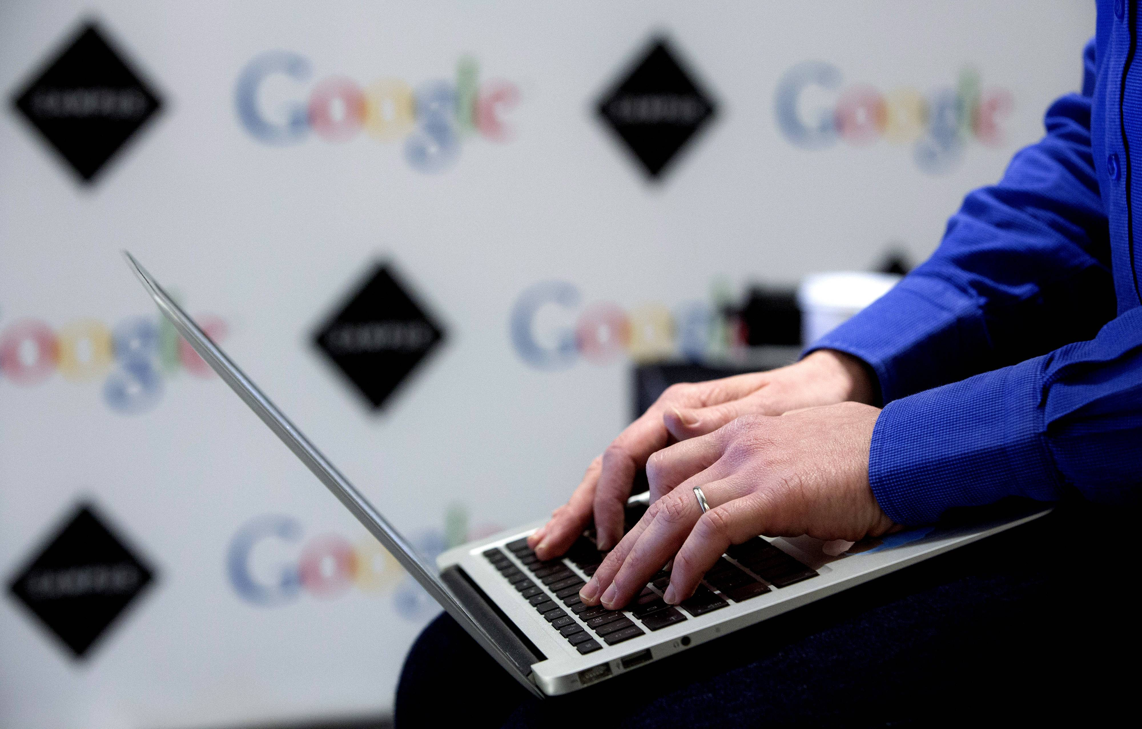Google Inc., fighting claims that it illegally scanned private email messages to and from Gmail accounts, will not face a single lawsuit that could have lumped together hundreds of millions of Internet users, a judge ruled.
