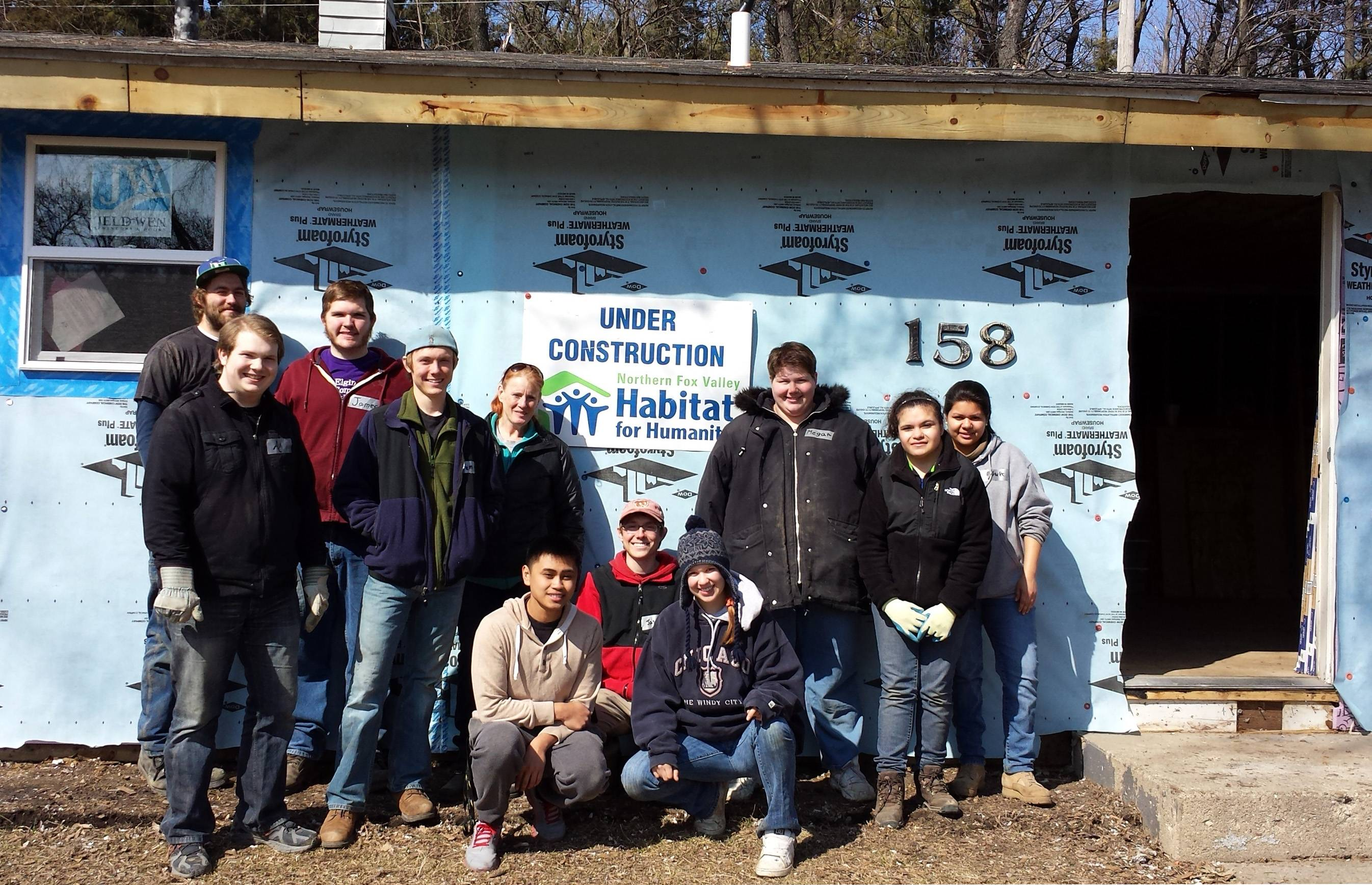 Elgin Community College students participated this week in an Alternative Spring Break program in partnership with Habitat for Humanity of Northern Fox Valley. The volunteer team included, AmeriCorps crew leader Jordan Lyndaker, A.J. Taylor, James Warner, Jeremy Bauer, Laura Roesetti, Eric Orpia, Jason Bauer, Libby Harvey, Megan Kathka, Alexis Romero, Edna Avitia.