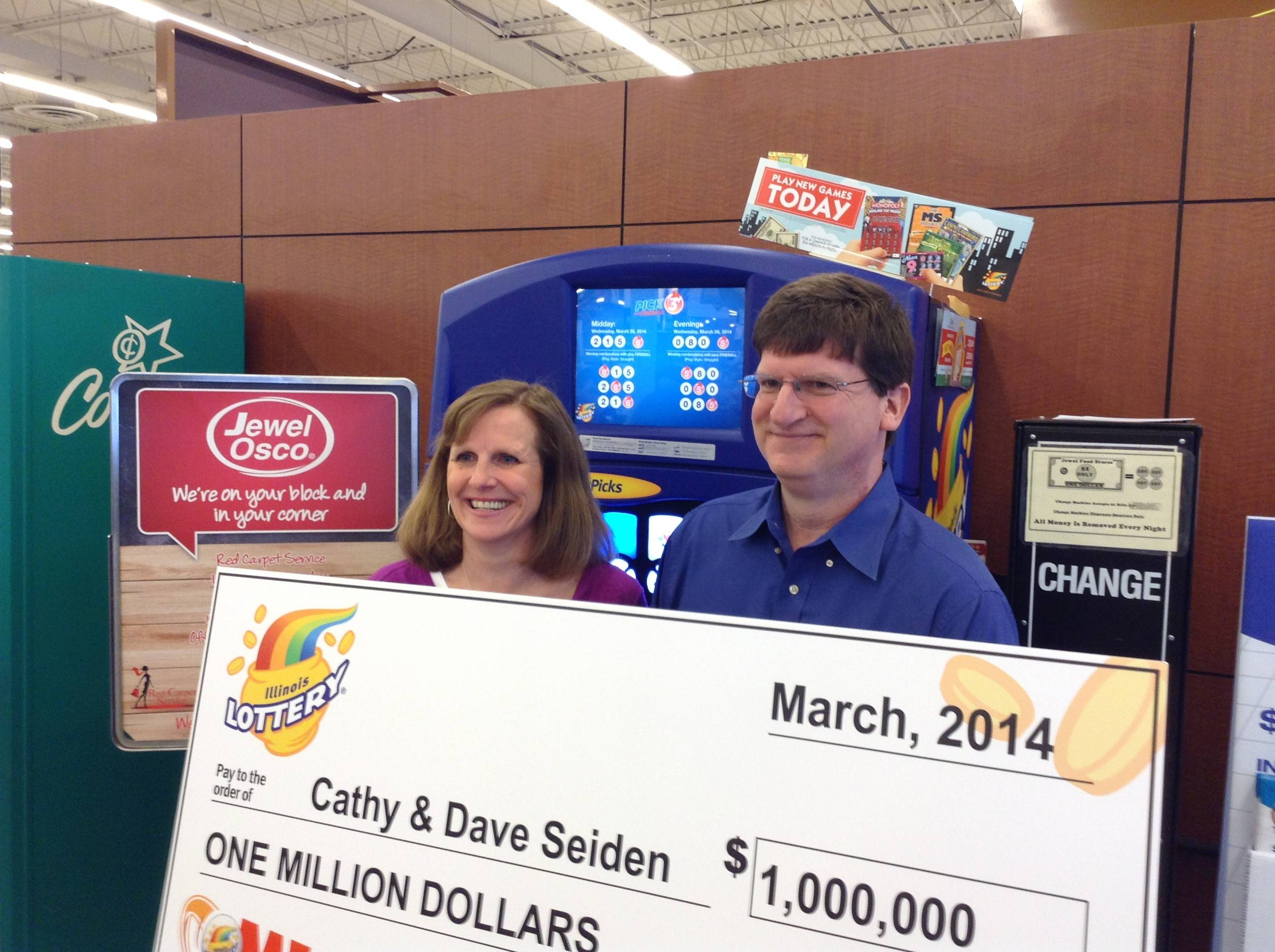 Cathy and Dave Seiden struck lottery pay dirt this month when they won $1 million playing the Mega Millions game.