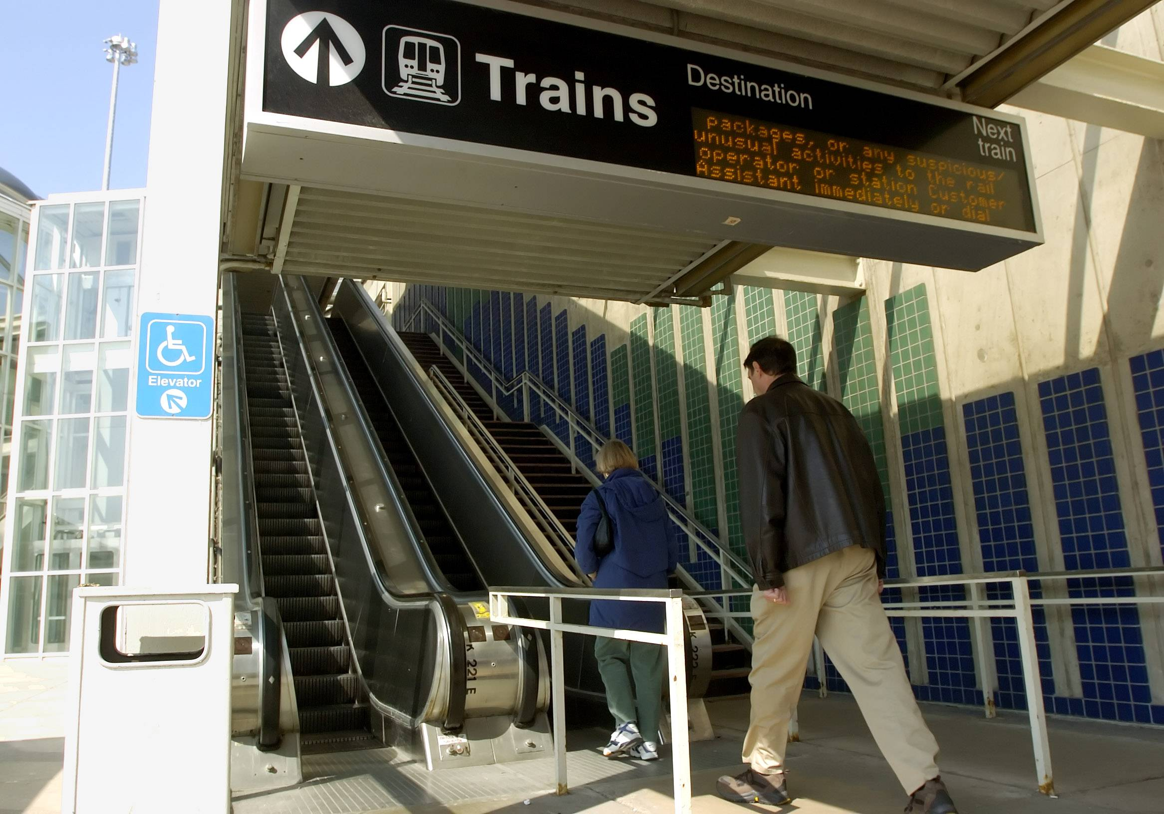 The CTA, Metra and Pace would merge and the Regional Transportation Authority would be eliminated under a recommendation by a task force appointed by Gov. Pat Quinn.