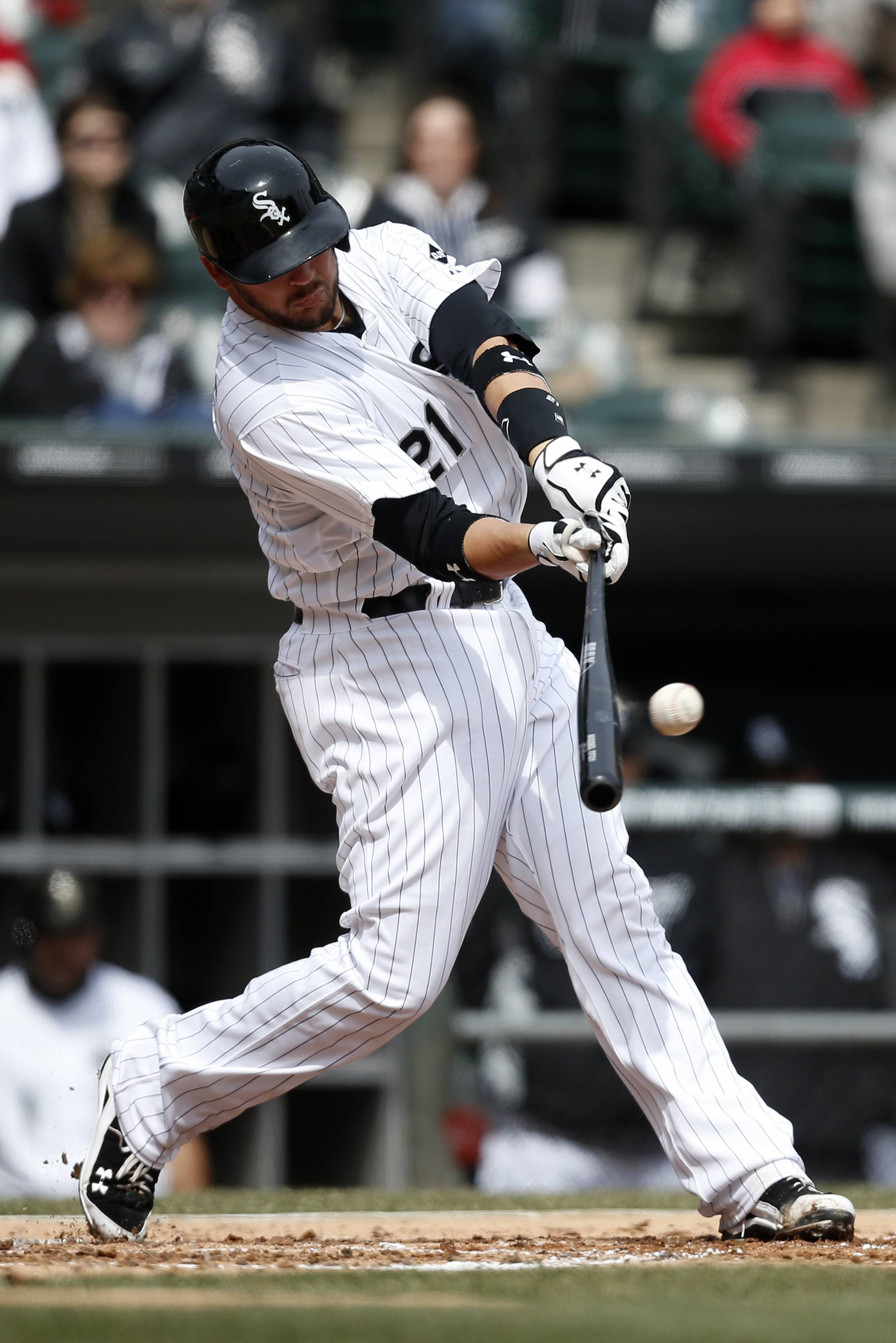 White Sox catcher Tyler Flowers hits a single against the Minnesota Twins during the second inning of a baseball game on Wednesday in Chicago.