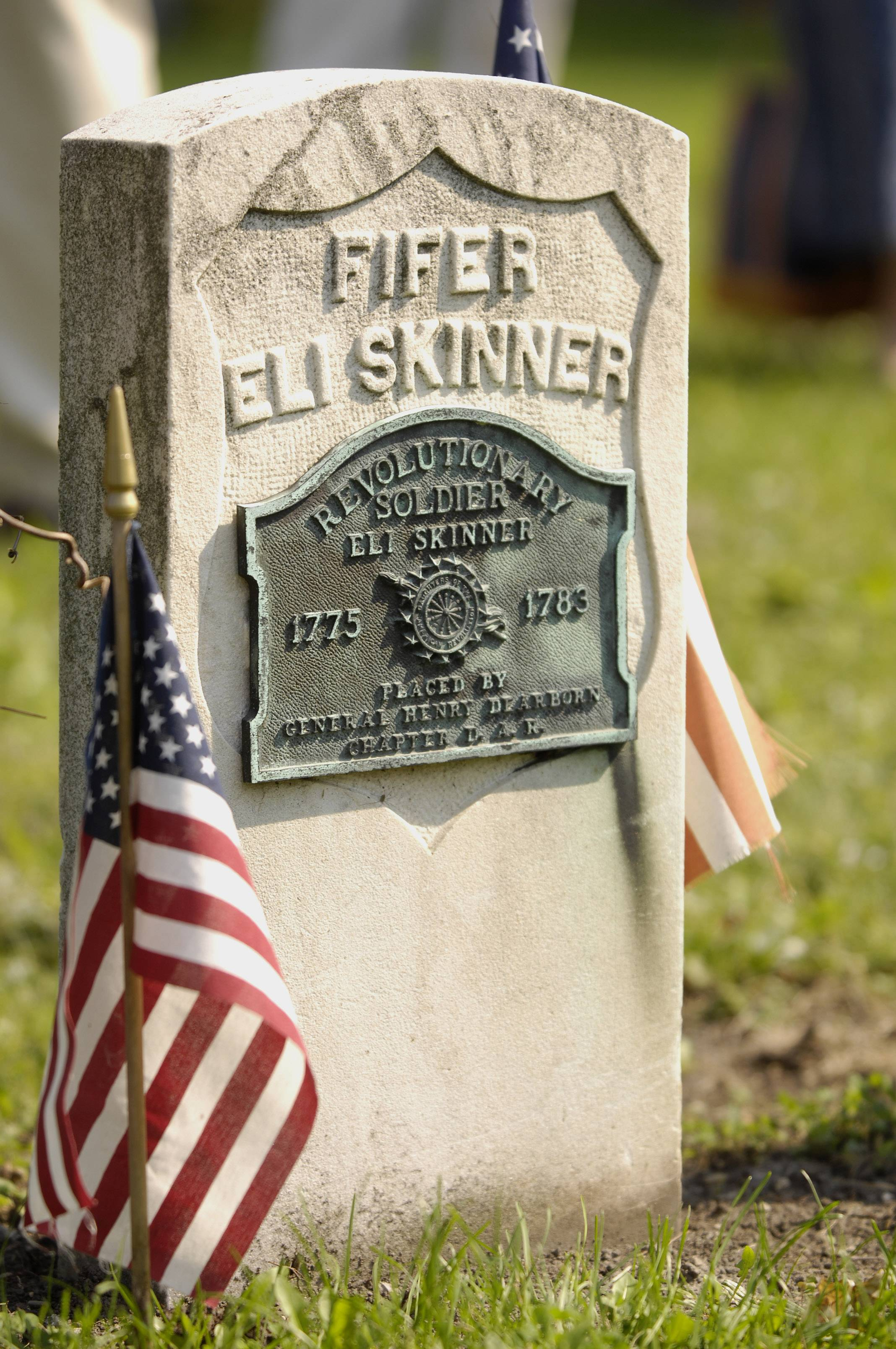Revolutionary War veterans to be honored Sunday in Elk Grove Village