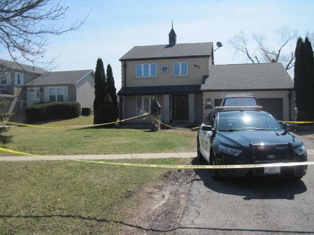 A Woodridge father fatally stabbed his 3-year-old girl and then killed himself at their home on the 2700 block of Meadowdale Lane, police said.