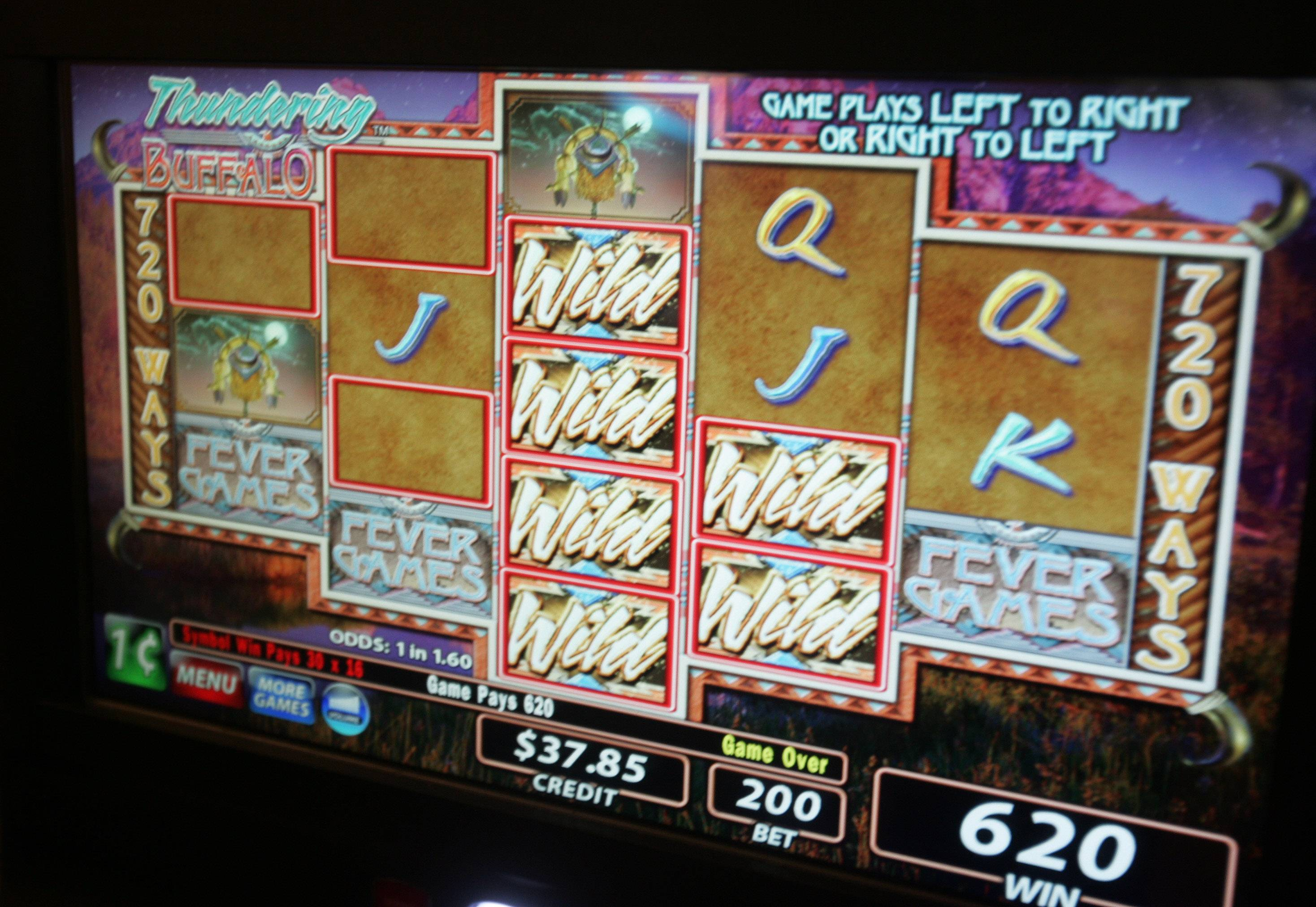 Lake Zurich reverses decision, allows gambling