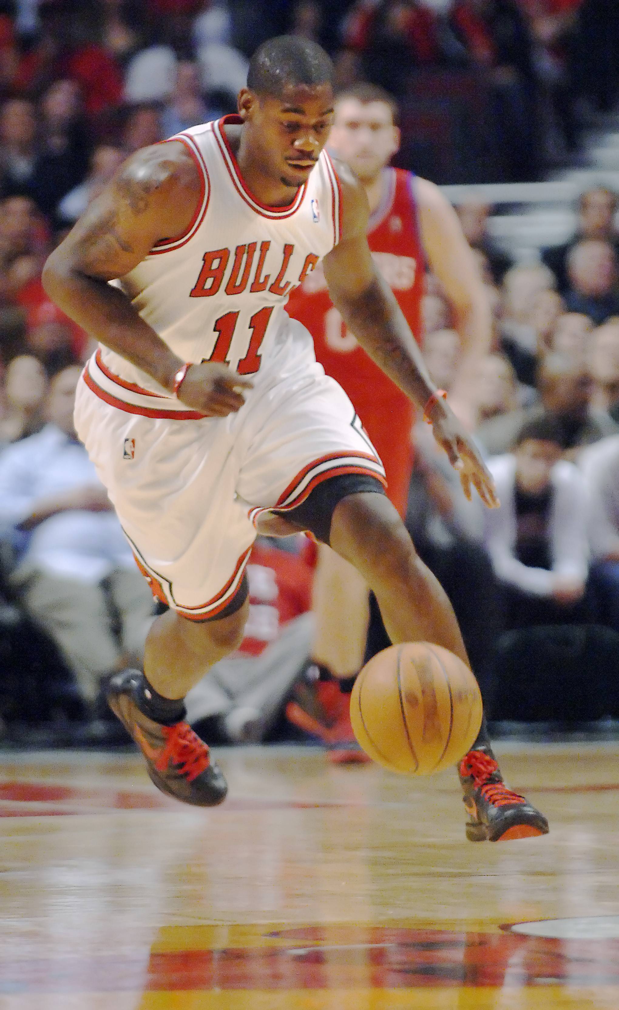 @Caption credit:John Starks/jstarks@dailyherald.com/file The Chicago Bulls have signed freeagent swingman Ronnie Brewer for the rest of the 2014 season. Brewer played with the Bulls from 2010-12. He was released by Houston earlier this year.
