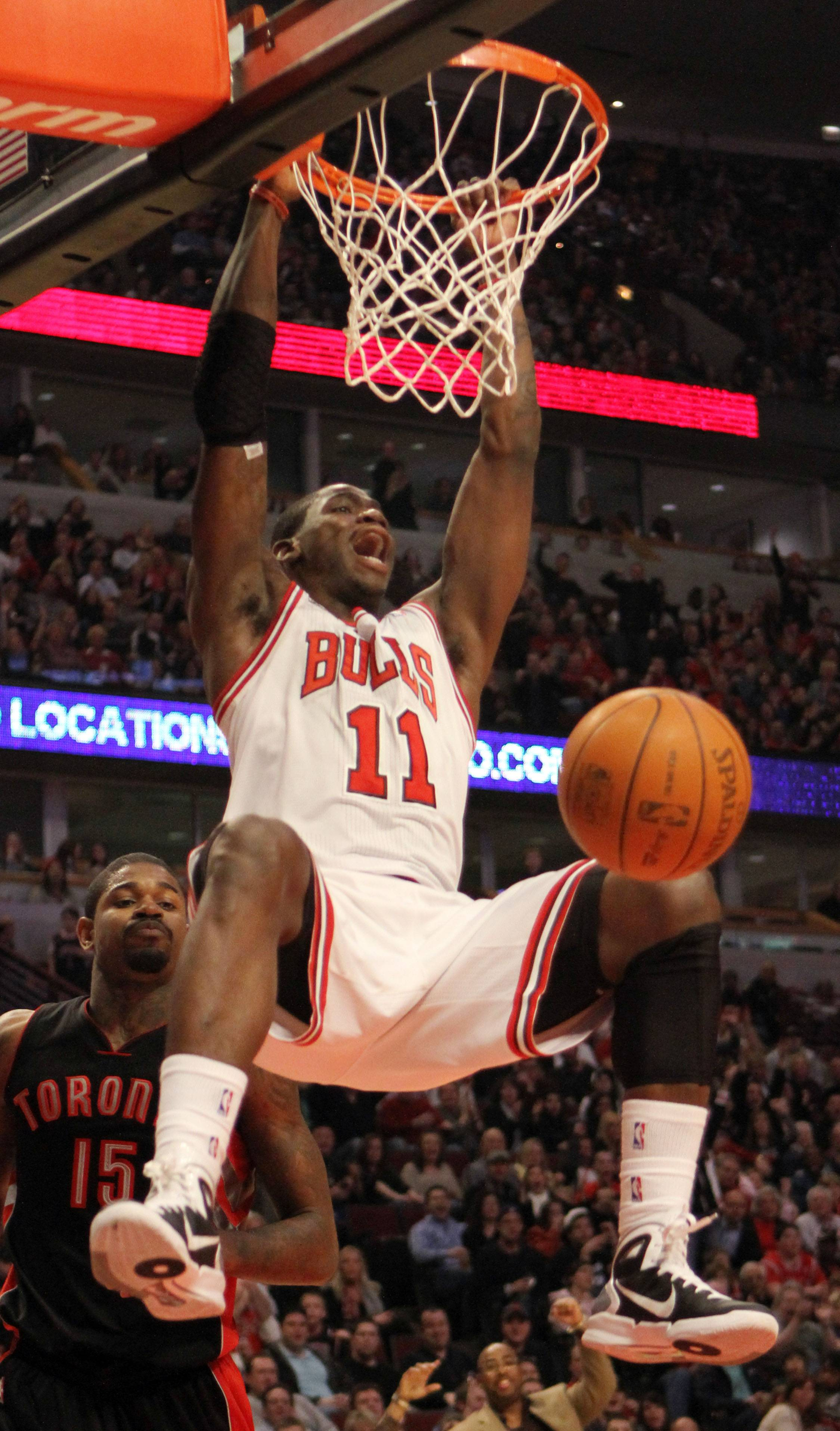 Ronnie Brewer rejoined the Bulls and will wear uniform No. 11.
