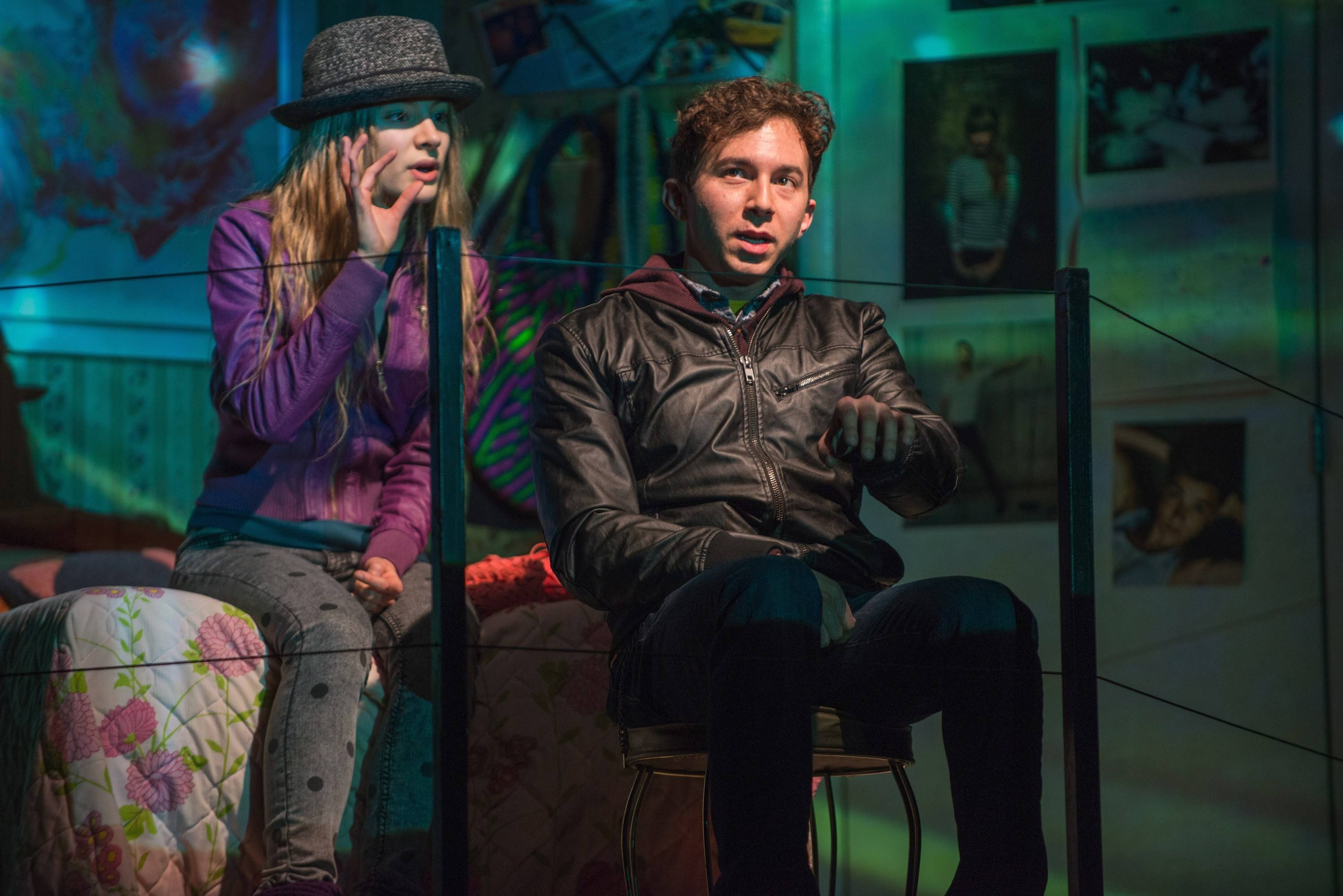 "Buffalo Grove native Aaron Himelstein doesn't read reviews, but they've been fairly good for his work in the Steppenwolf Theatre production of ""Russian Transport."" He and actress Melanie Neilan share a scene."