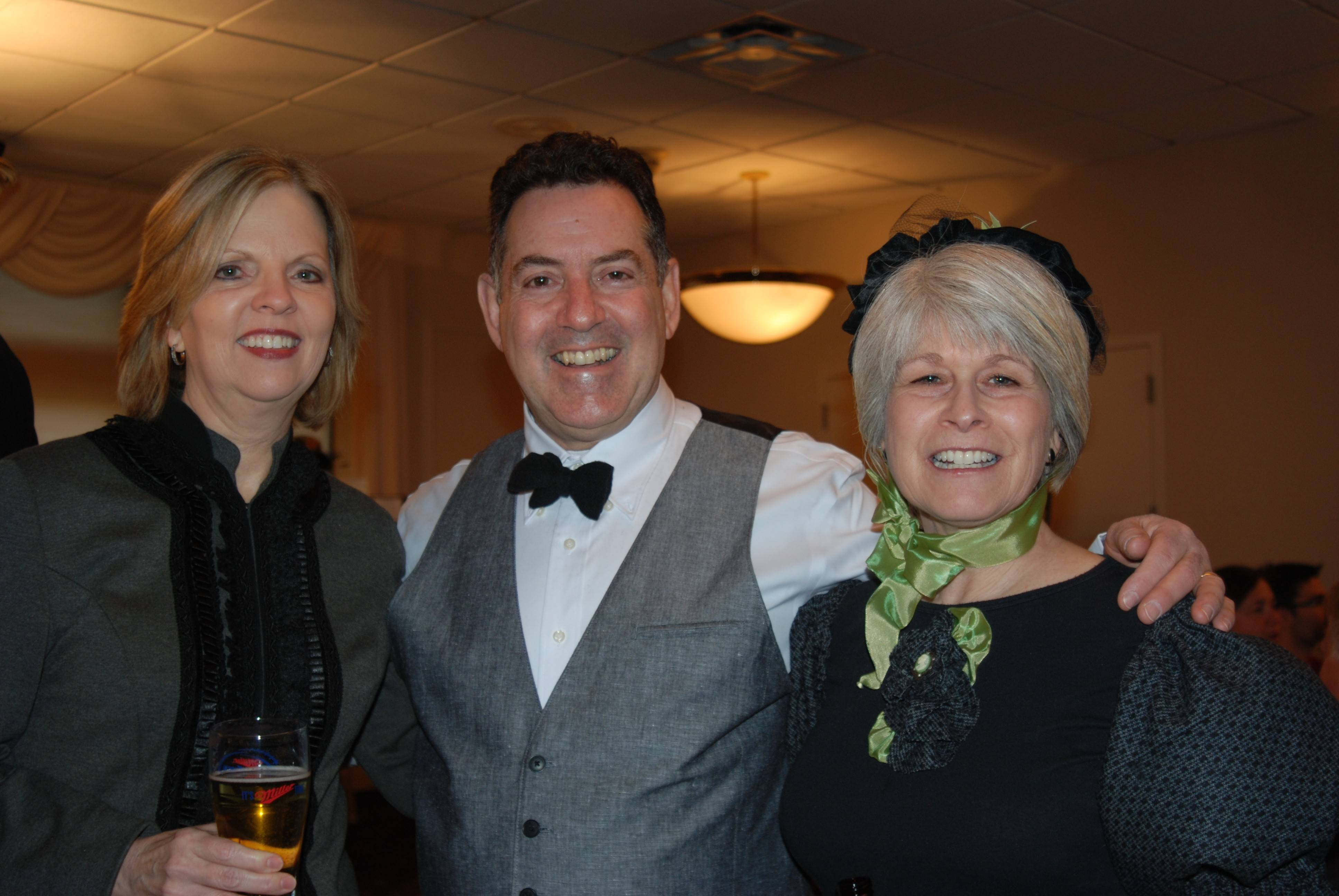 Janet Hengtgen, left, and Bob and Laurie Roubitchek, all of Mount Prospect, chatted before the History in the Headlines dinner, co-sponsored by the Mount Prospect Historical Society and River Trails Park District.