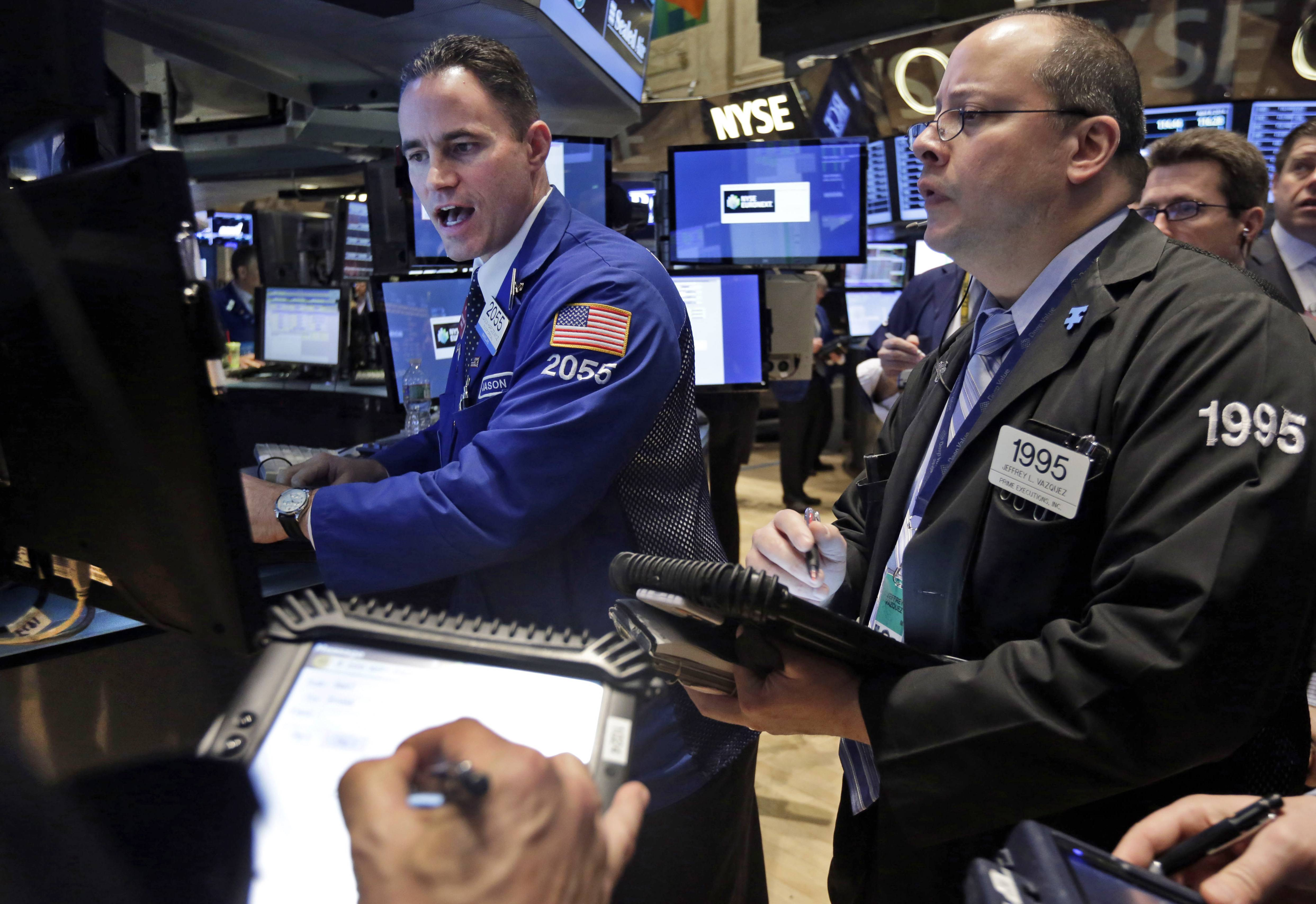 U.S. stocks rallied Wednesday, with technology shares gaining the most in two months, as minutes from the Federal Reserve's last meeting eased concern about the timing of future interest-rate increases.