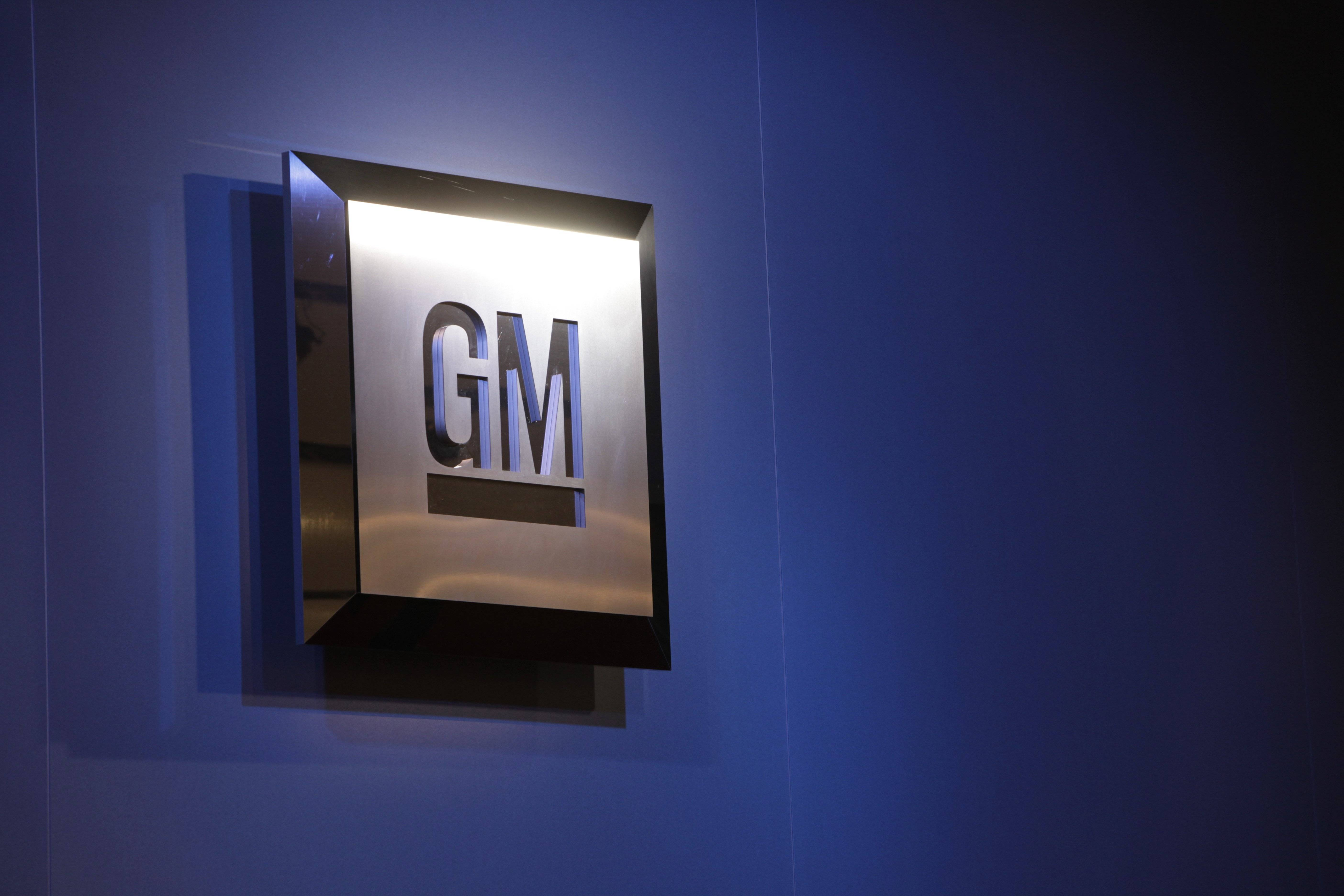 A government safety agency is fining General Motors $7,000 a day, saying the company failed to fully respond to its requests for information about a faulty ignition switch by an April 3 deadline.
