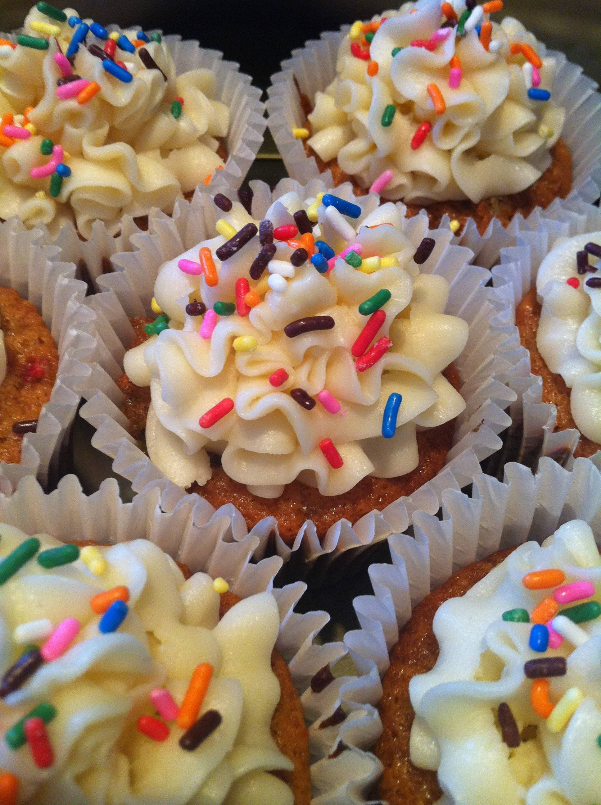 Cupcakes by Terri Edmunds of Naperville