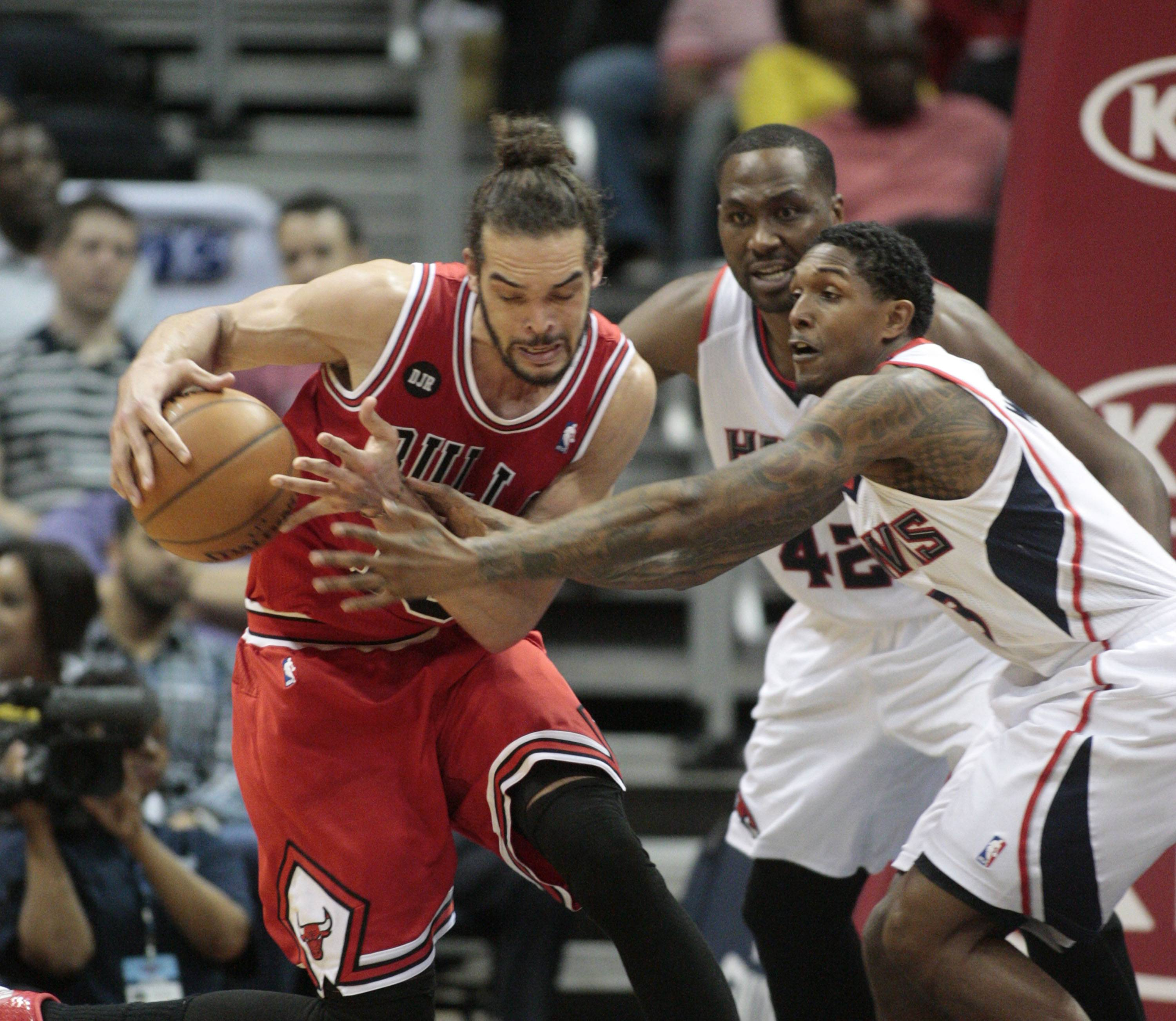 Joakim Noah has played the most total minutes on the Bulls this season, ranking 21st in the NBA with 2,660.