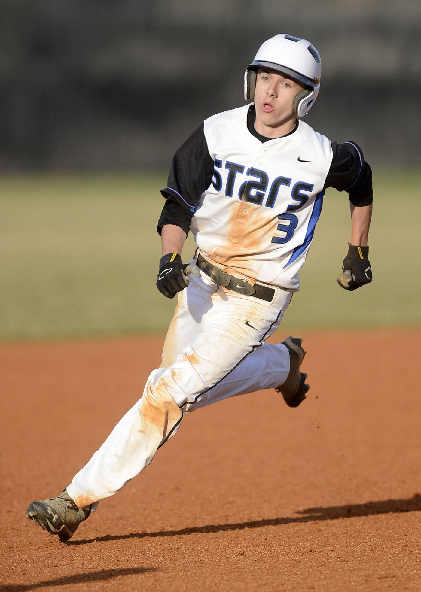St. Charles North's Jake Jozefowicz runs to third base on Friday, April 11.