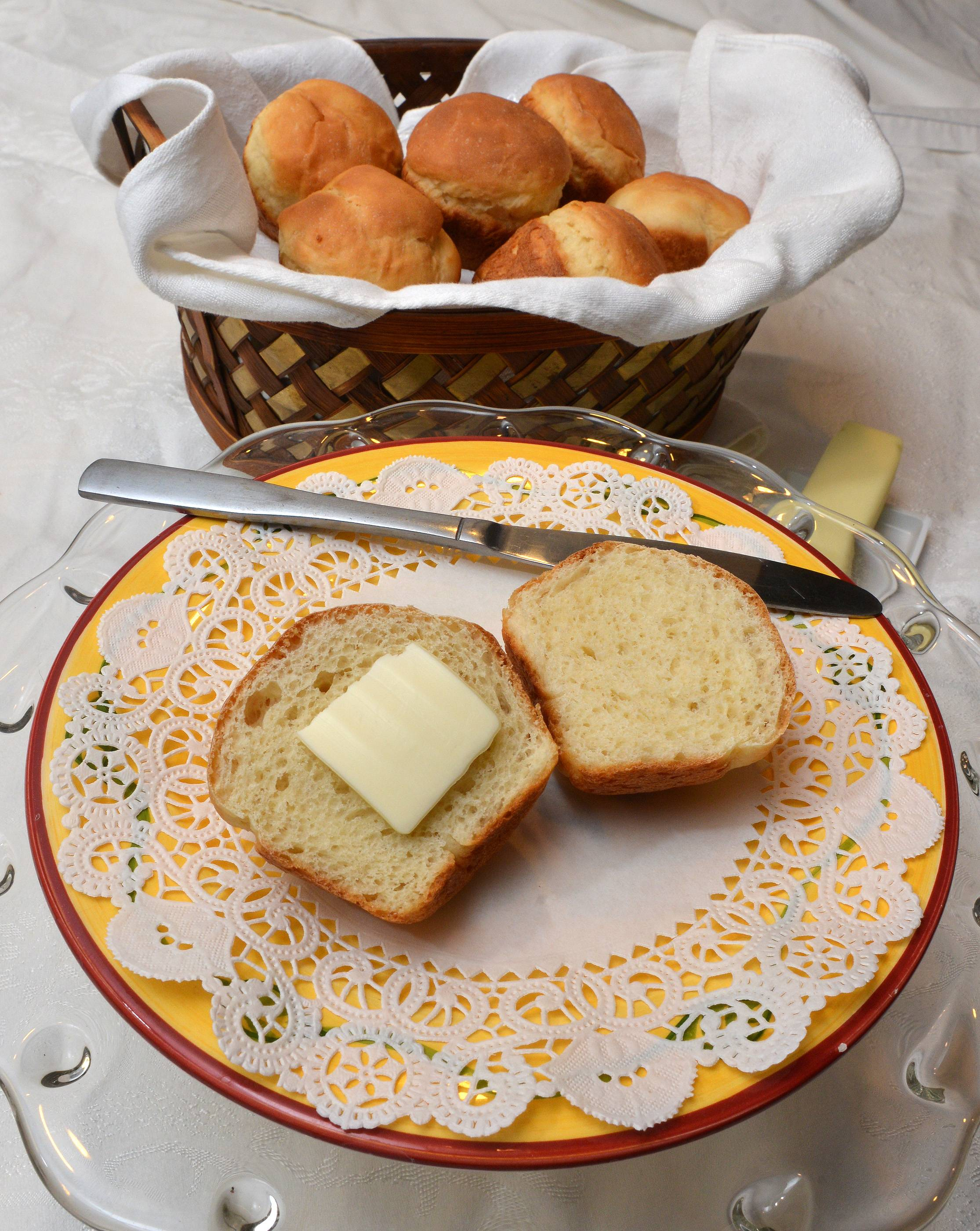 Greek Dinner Rolls are lower in gluten and fat than traditional dinner rolls.