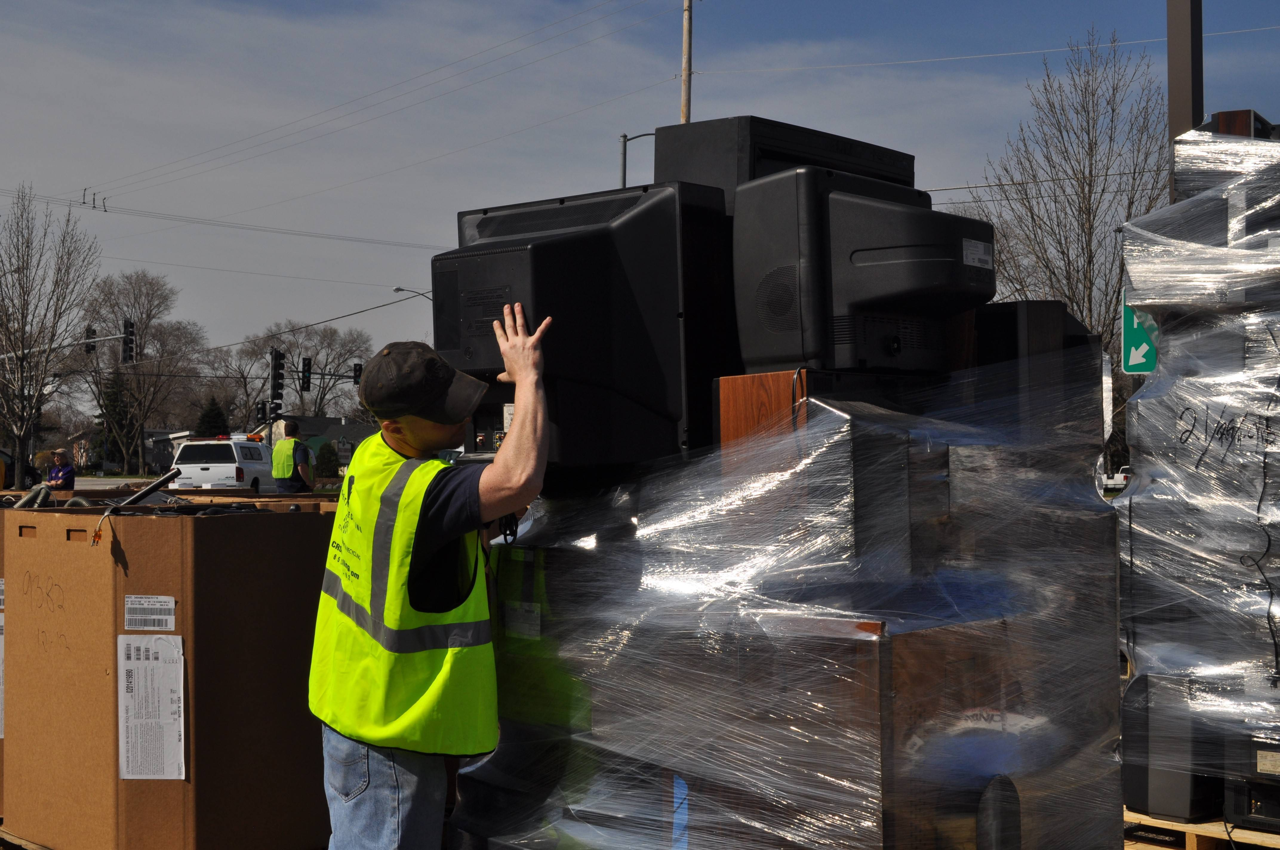 Glendale Heights offers a One-Stop Reuse and Recycle event on April 26. Residents can drop off electronics, batteries and more.