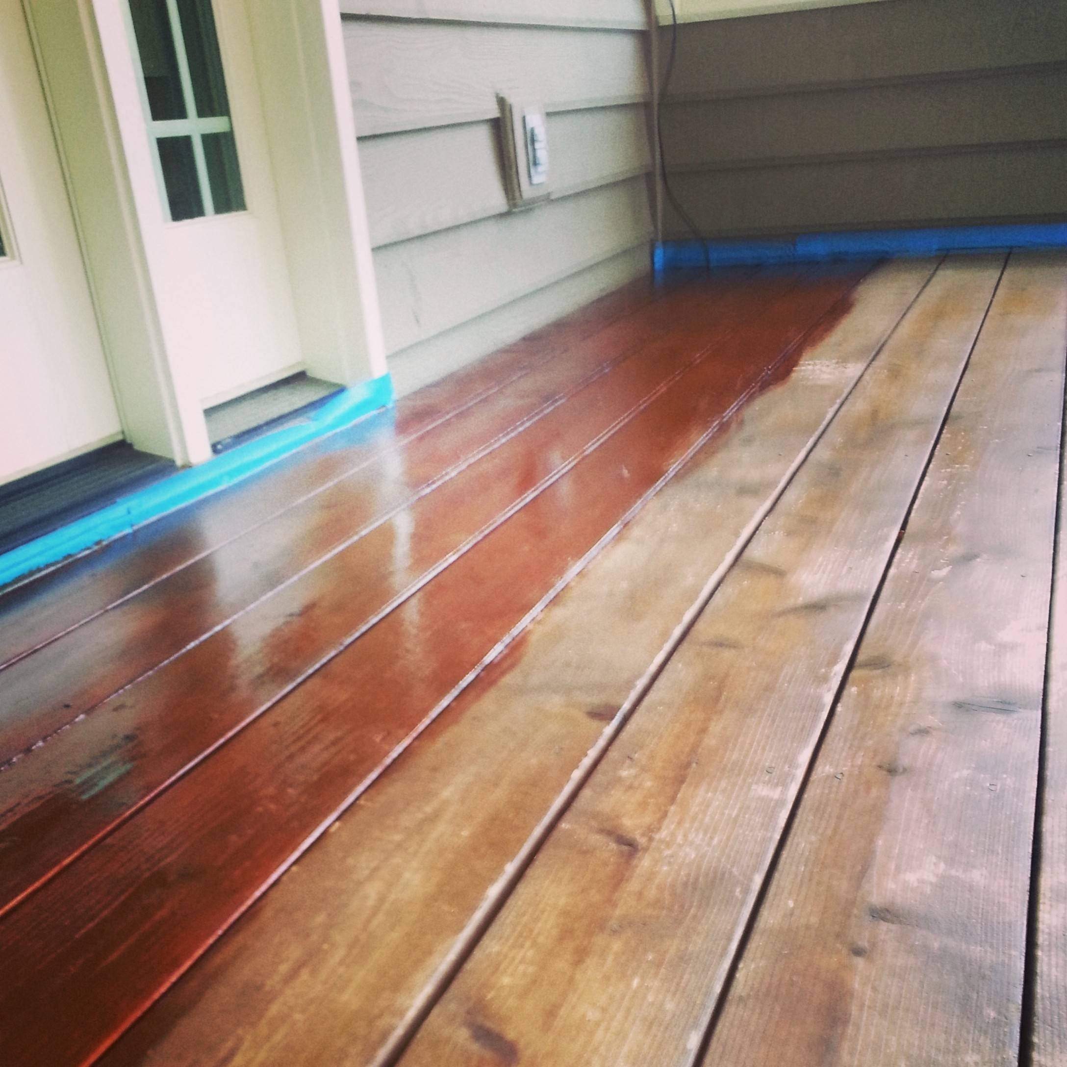 The Deck Monkeys division of SCC Cleaning Co. in Gurnee stains decks using Australian timber oil.