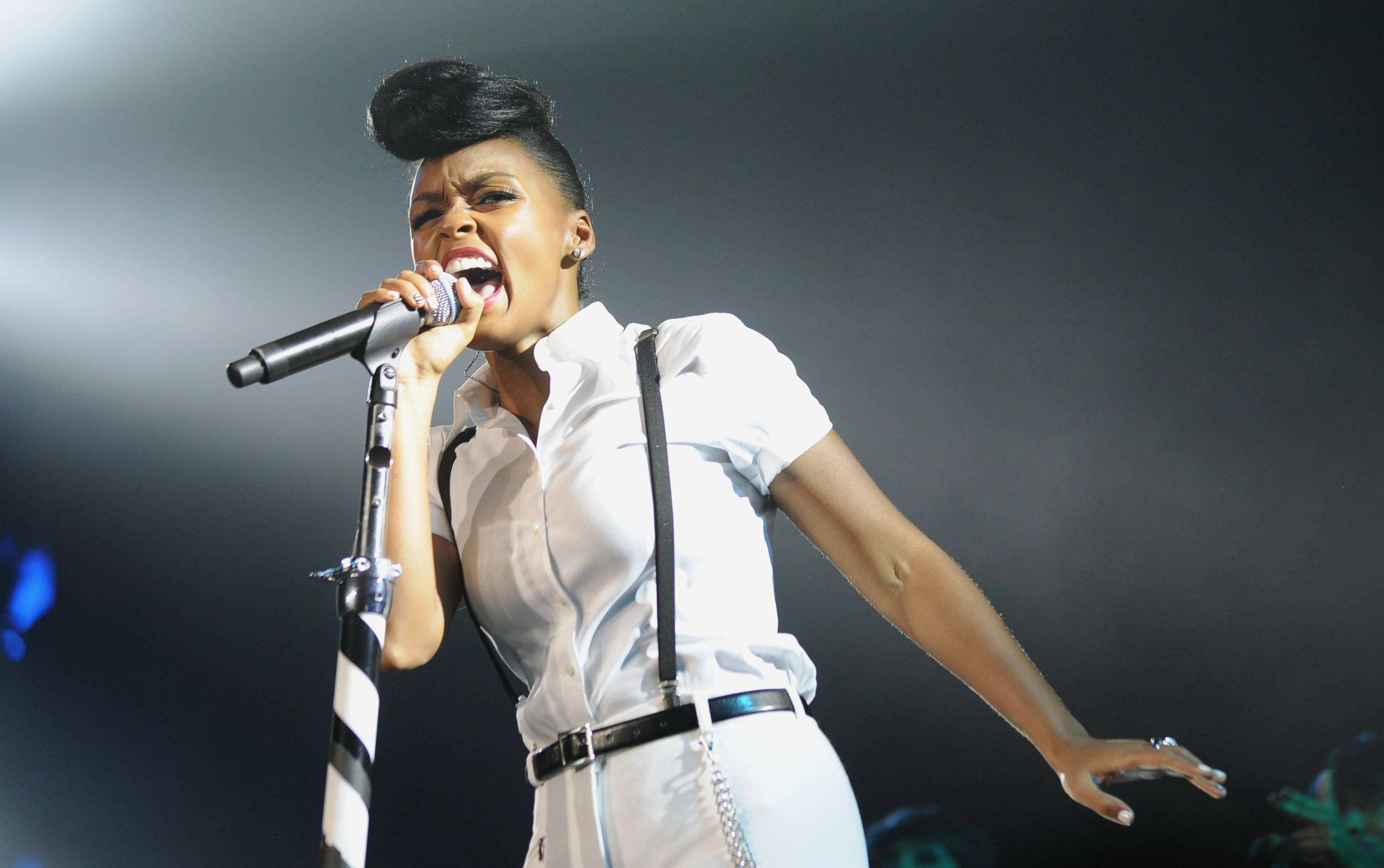 Janelle Monae will be one of the headliners at Taste of Chicago this summer.