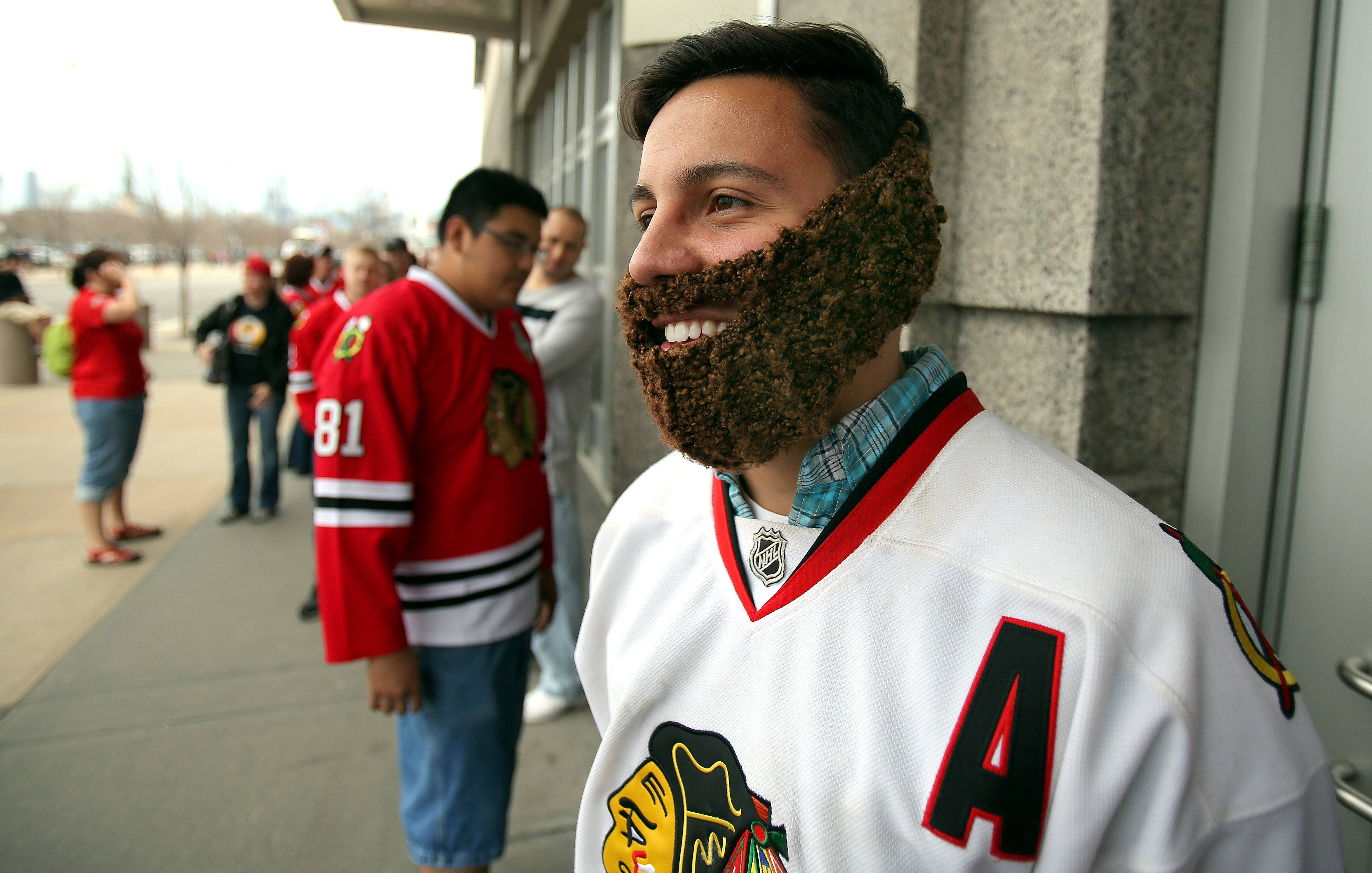 Steve Lopez sports a playoff beard made of carpet as he waits to enter the United Center.