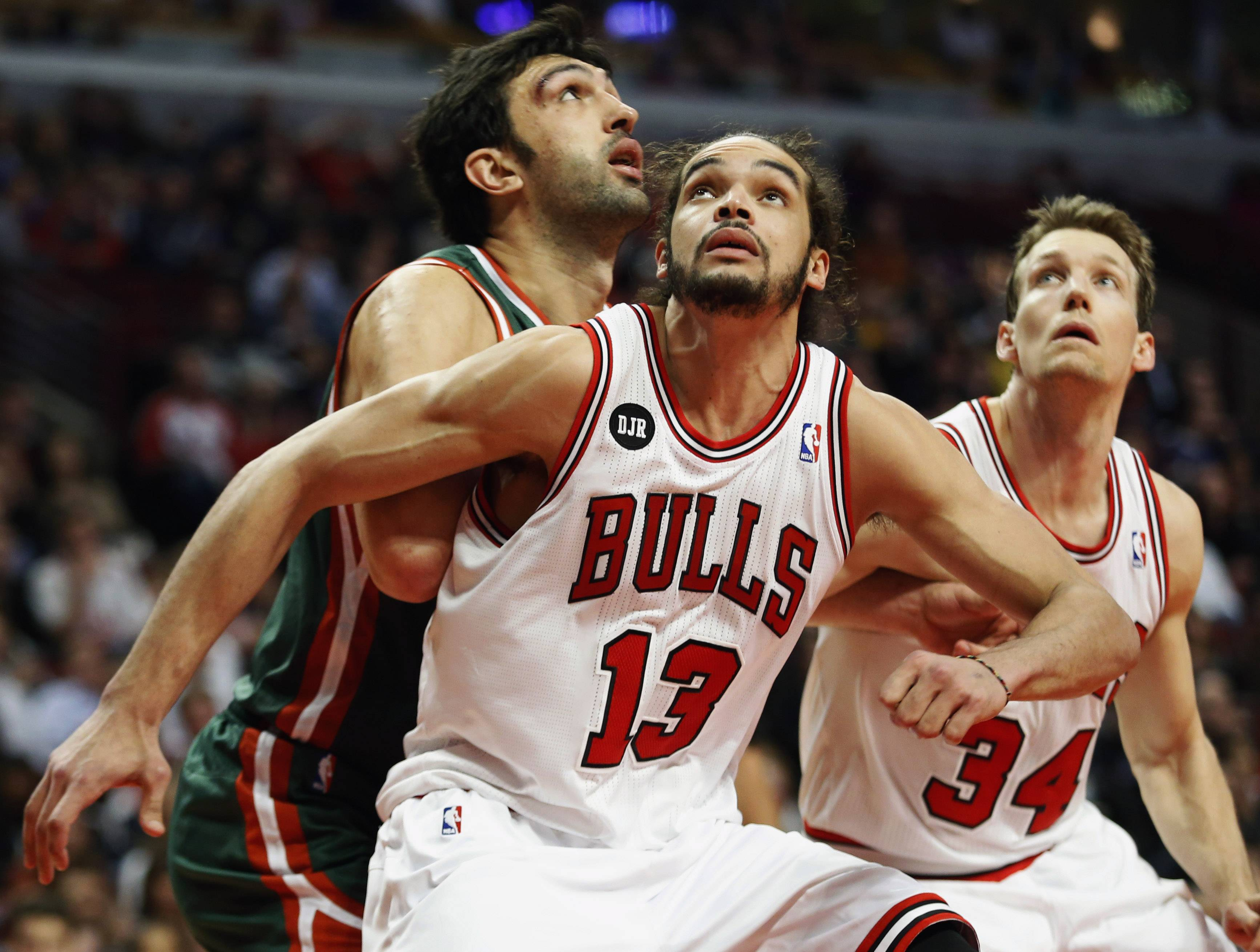 Bulls center Joakim Noah is the NBA's Defensive Player of the Year.