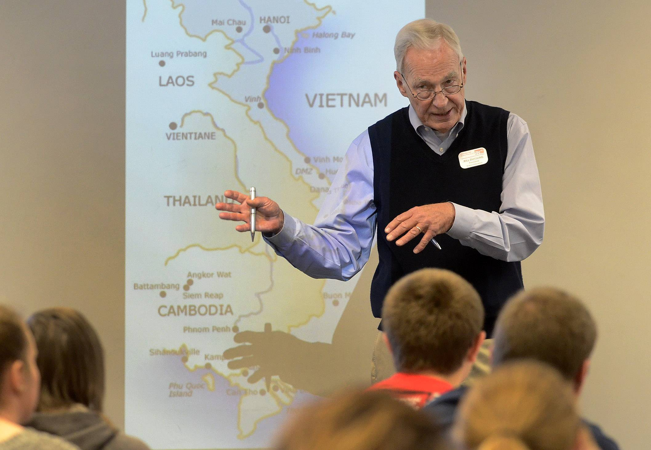 District 214 Board President Bill Dussling tells Prospect High students what it was like to be a helicopter pilot during the Vietnam War. Dussling shared his experiences Tuesday.
