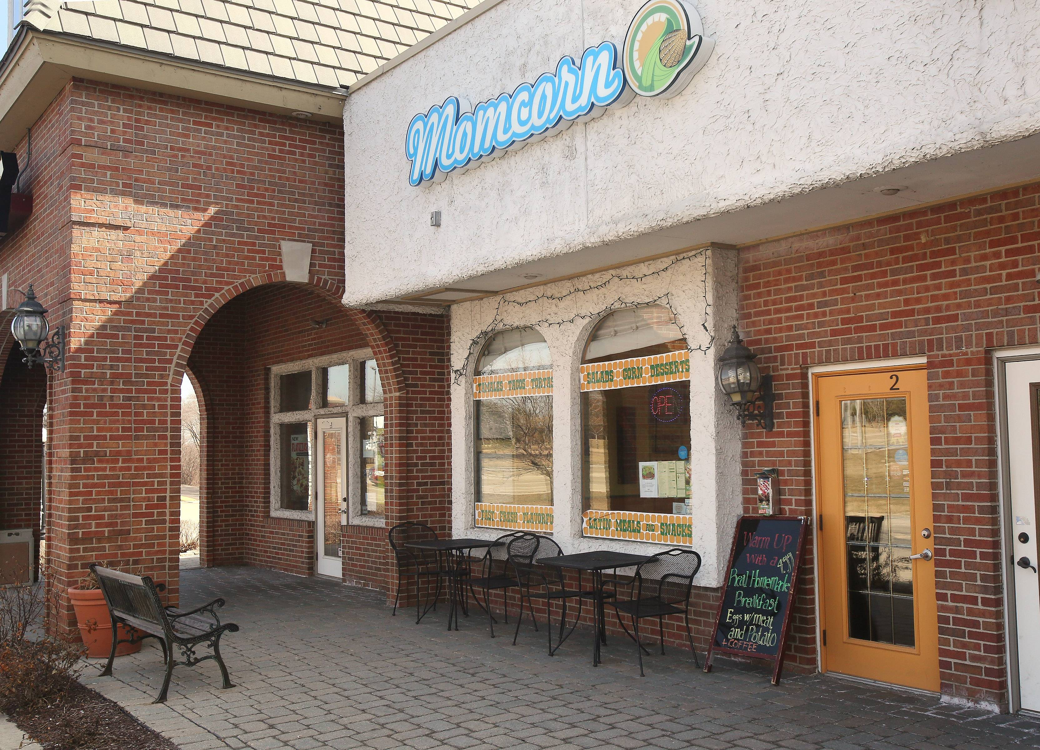 Momcorn offers Latin American and Mexican fare in a fast-casual setting in Gurnee.