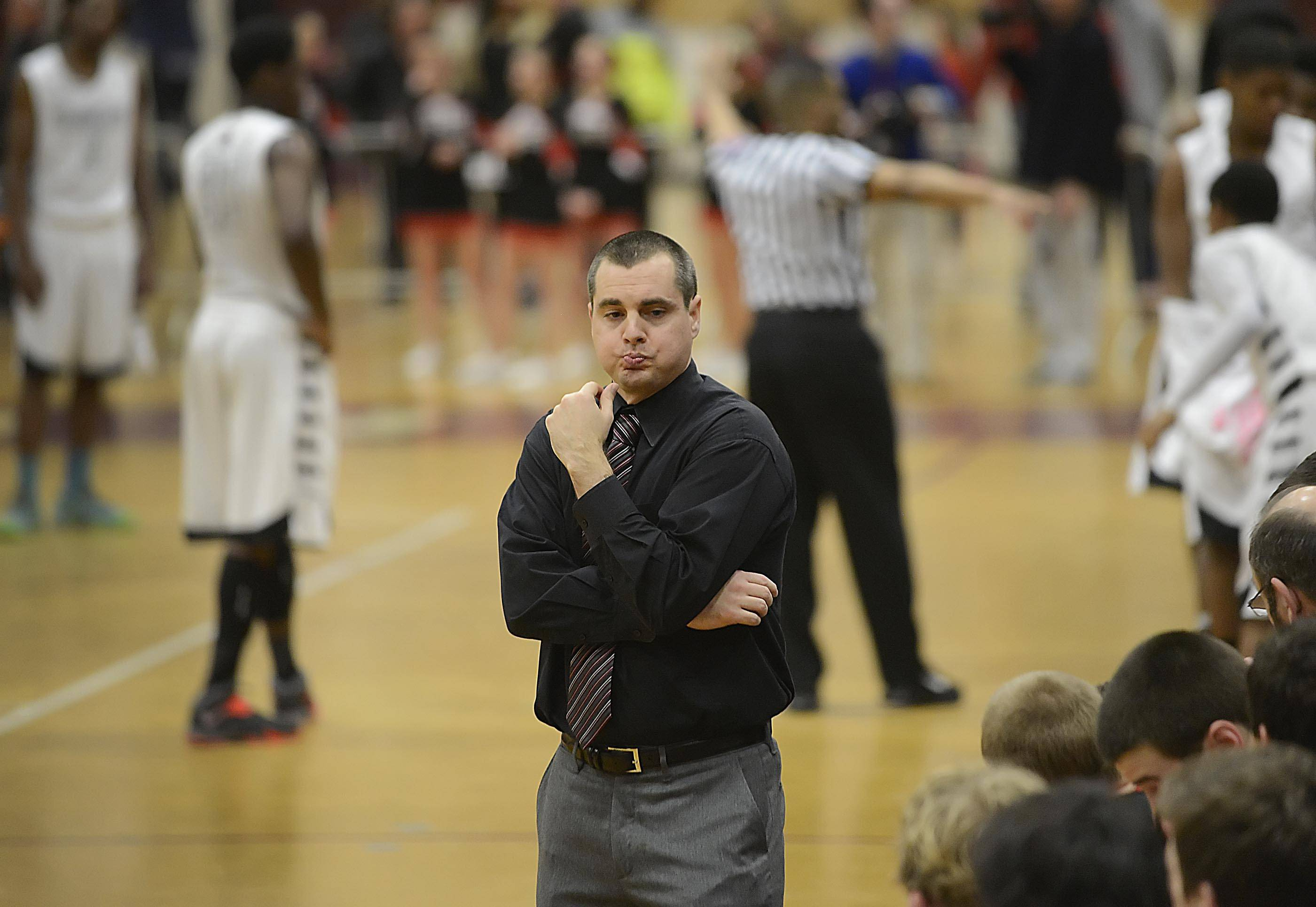 Huntley boys basketball coach Marty Manning is stepping down after eight years to become the new head coach at Schaumburg High School.