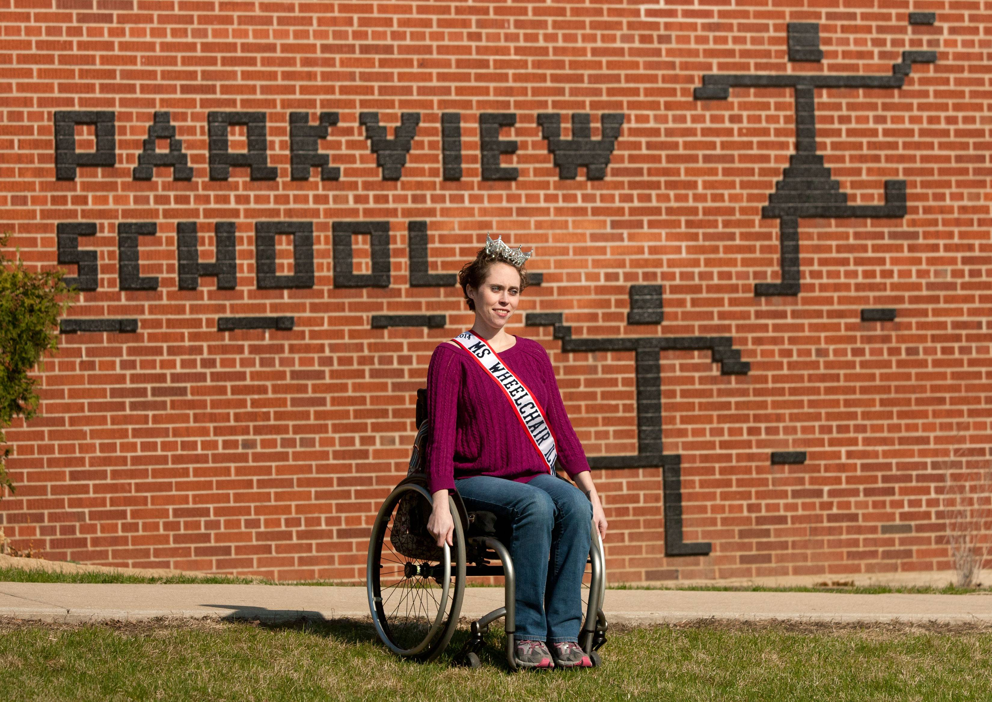 Ms. Wheelchair Illinois Pearl Gannon visits Park View Elementary in Lombard, where she attended school as a child and worked as a lunch aide last school year.