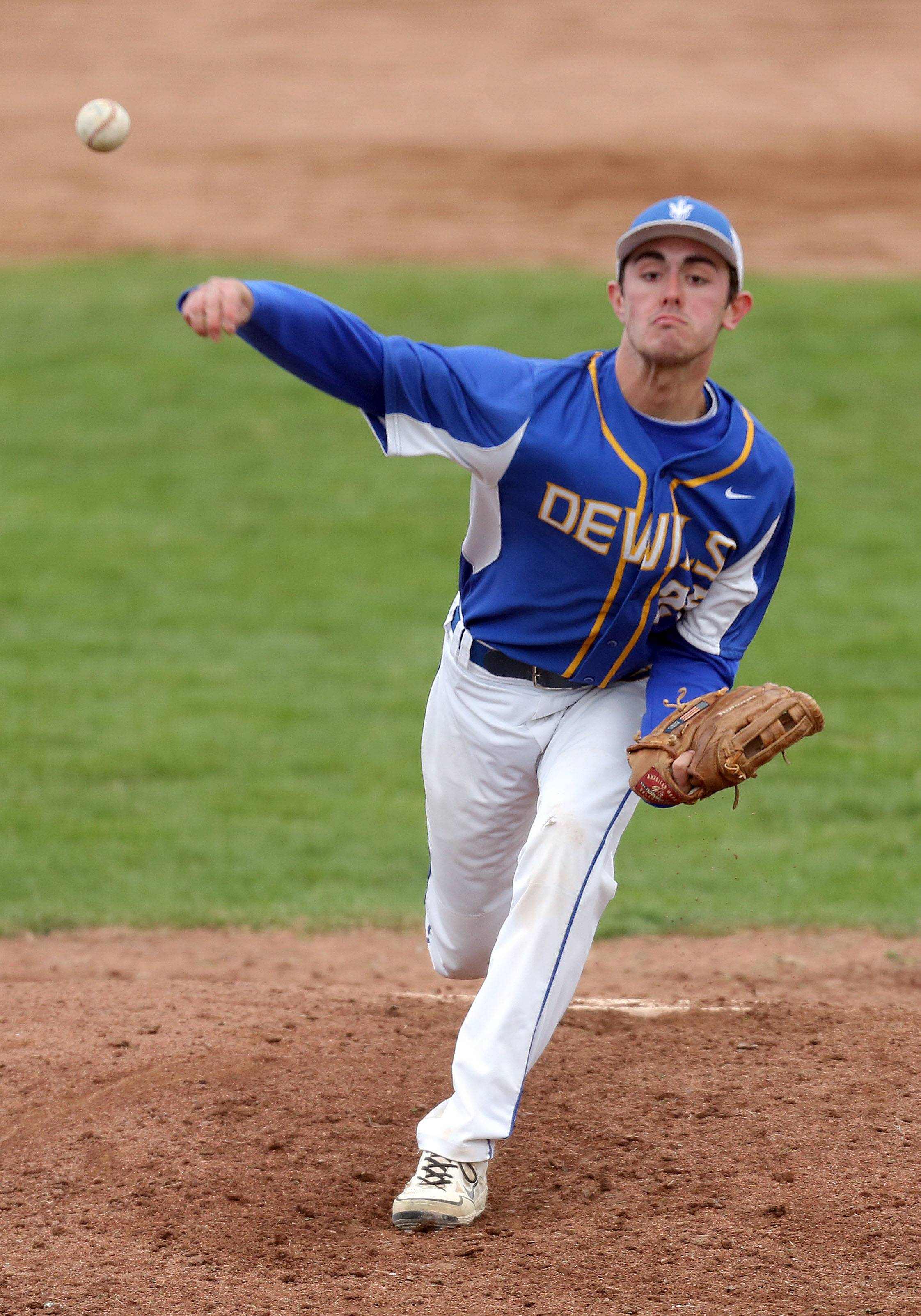 Warren's Wes Gordon pitches on Wednesday at Stevenson.