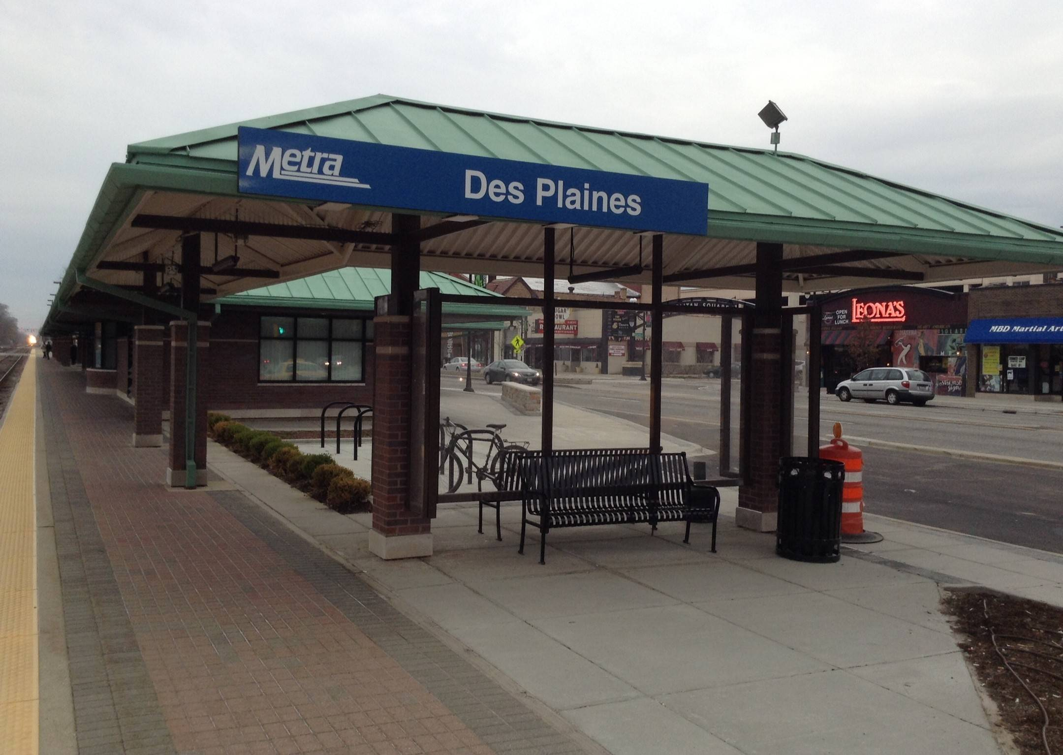 The refurbished Des Plaines Metra station building will soon be home to a new coffee shop, The Local Coffee Tea & Sweets. The shop and city leaders reached a five-year agreement this month.