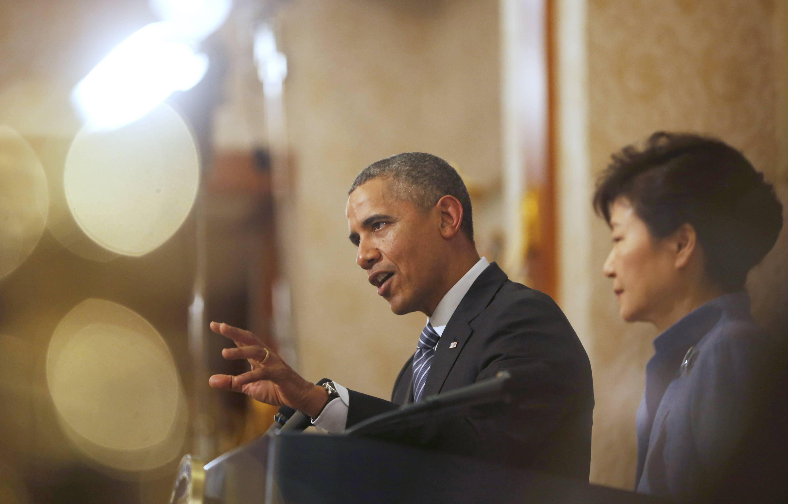 In a display of unity against North Korea's provocations, President Barack Obama and South Korean President Park Geun-hye warned Pyongyang on Friday that it could face tougher sanctions if it follows through with threats to launch a fourth nuclear test.