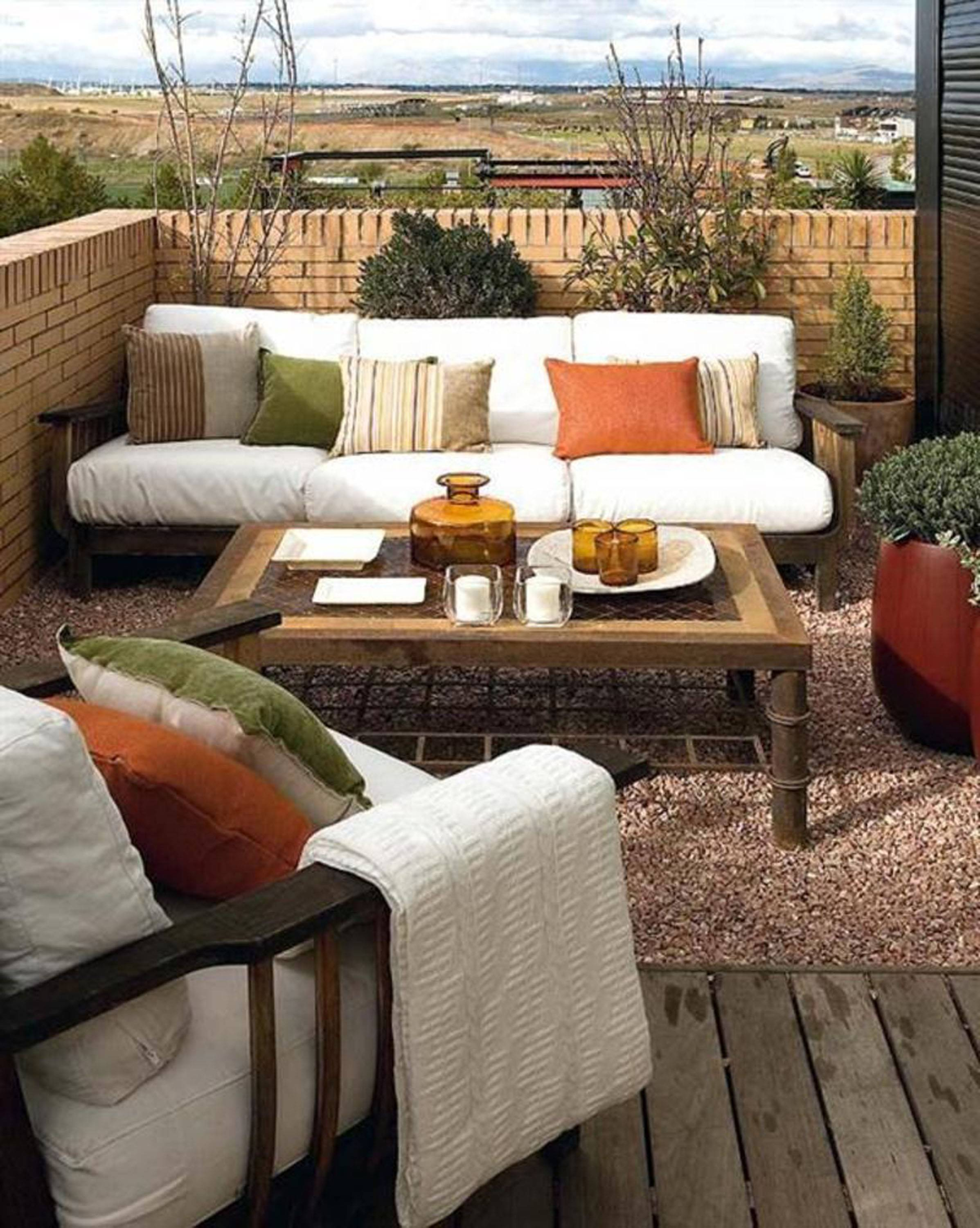 Make a small terrace into a new and wonderful space for relaxing or entertaining.