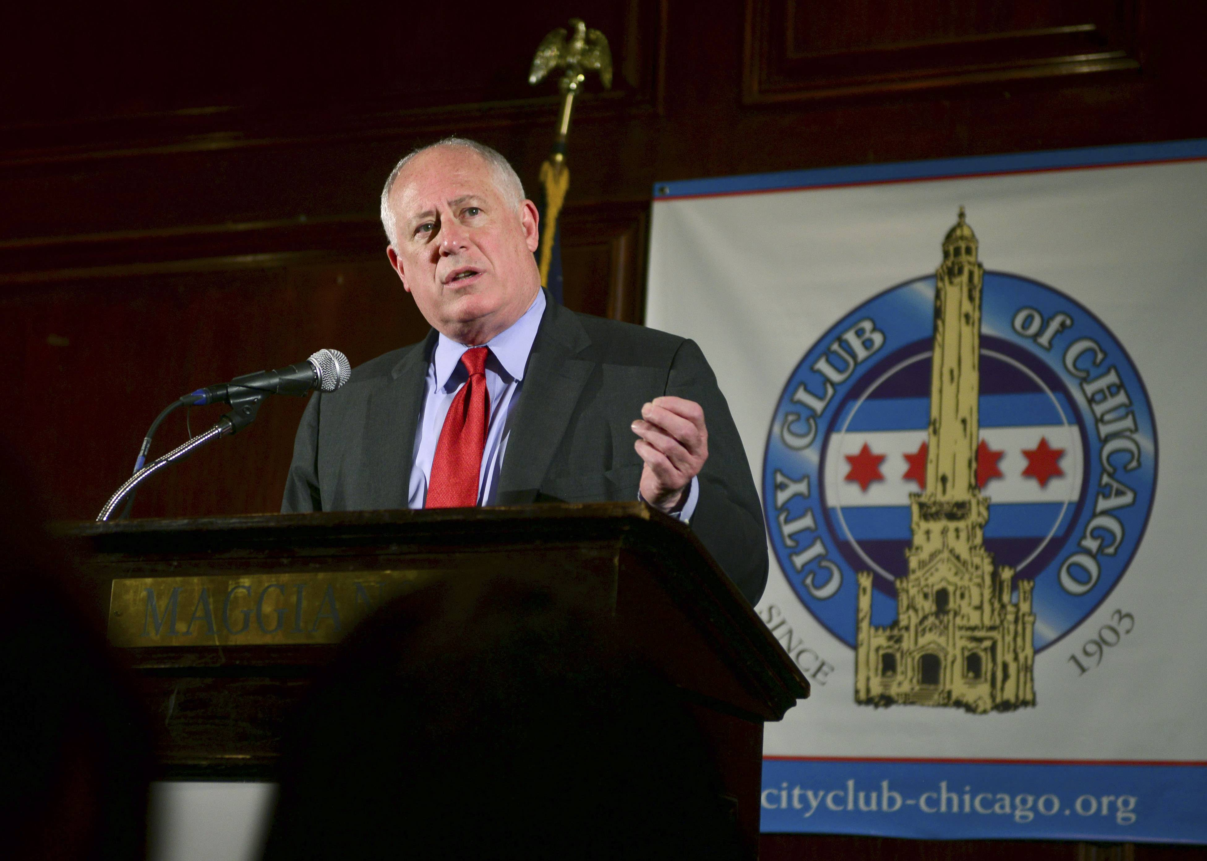 Gov. Pat Quinn speaks to members the City Club of Chicago on Monday.