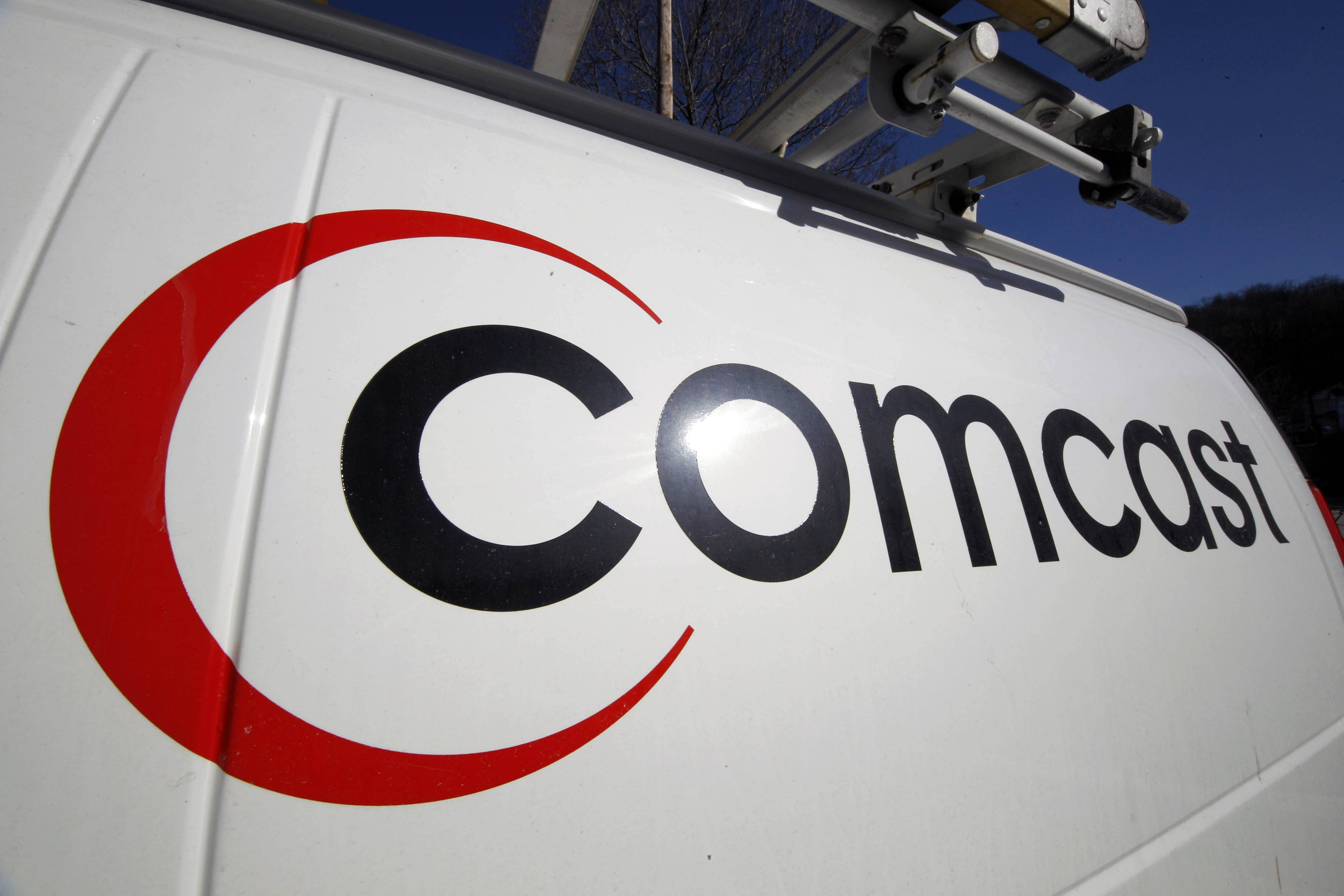 Comcast plans to sell some cable systems to competitor Charter Communications Inc. to help Comcast's acquisition of Time Warner Cable clear clear regulatory hurdles.