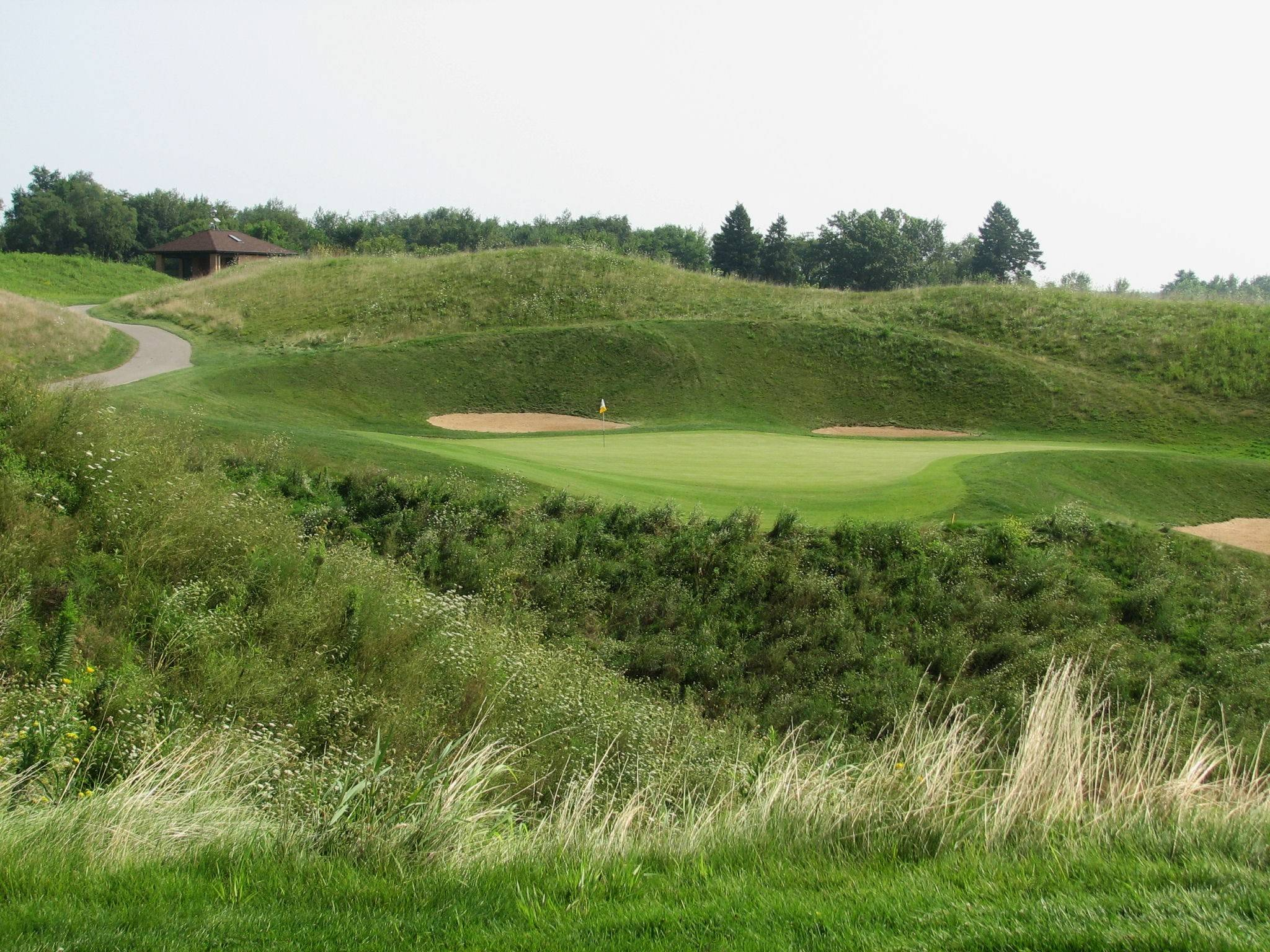 Shortest hole on our dream nine: No. 4 at Highlands of Elgin. But you can pay a steep price for shots that miss the green.