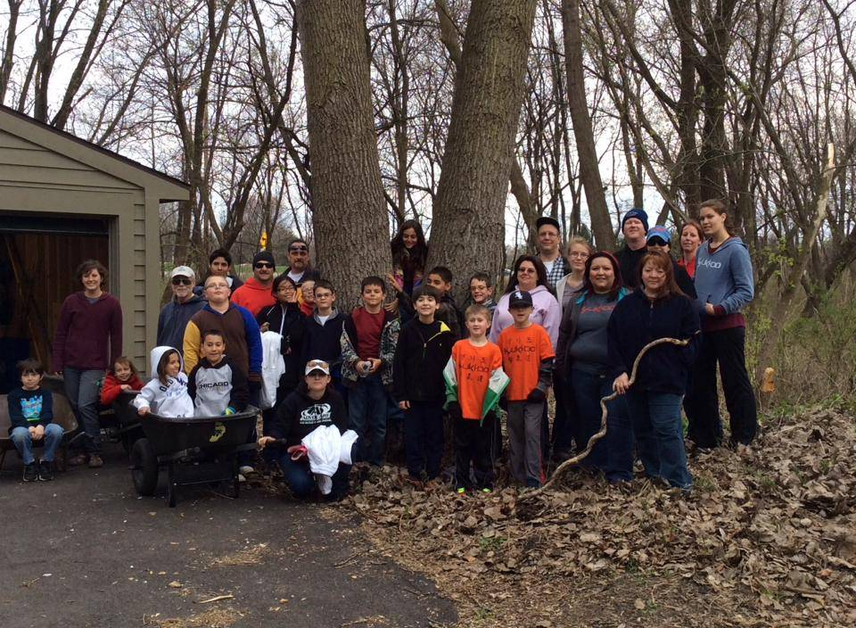 The Final Shift at Hawthorne Hills Earth Day cleanup features students and their families from Kim's Black Belt Academy and Kyuki-Do Martial Arts of Elgin.