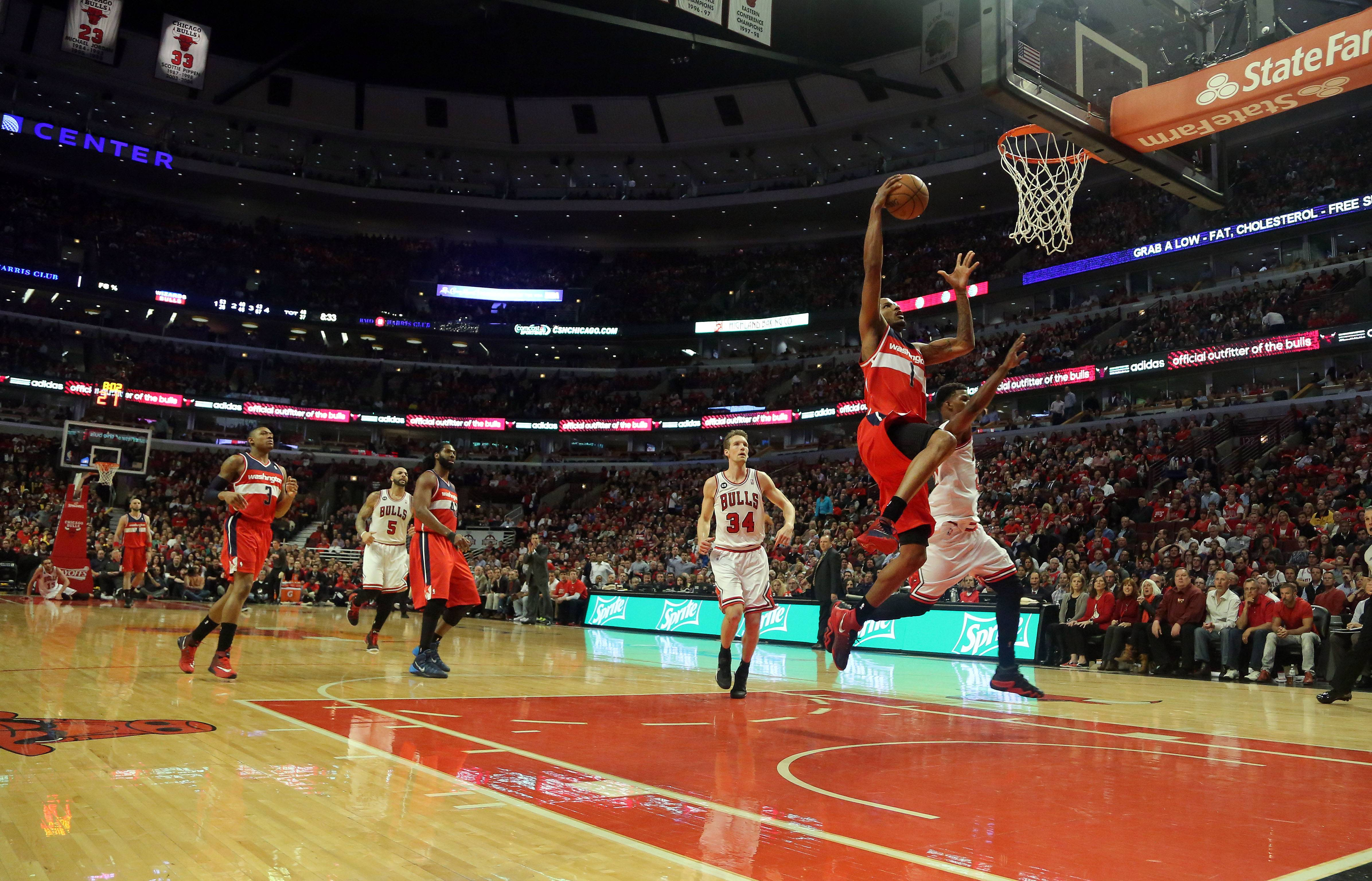 Washington Wizards forward Trevor Ariza drives in for a dunk.
