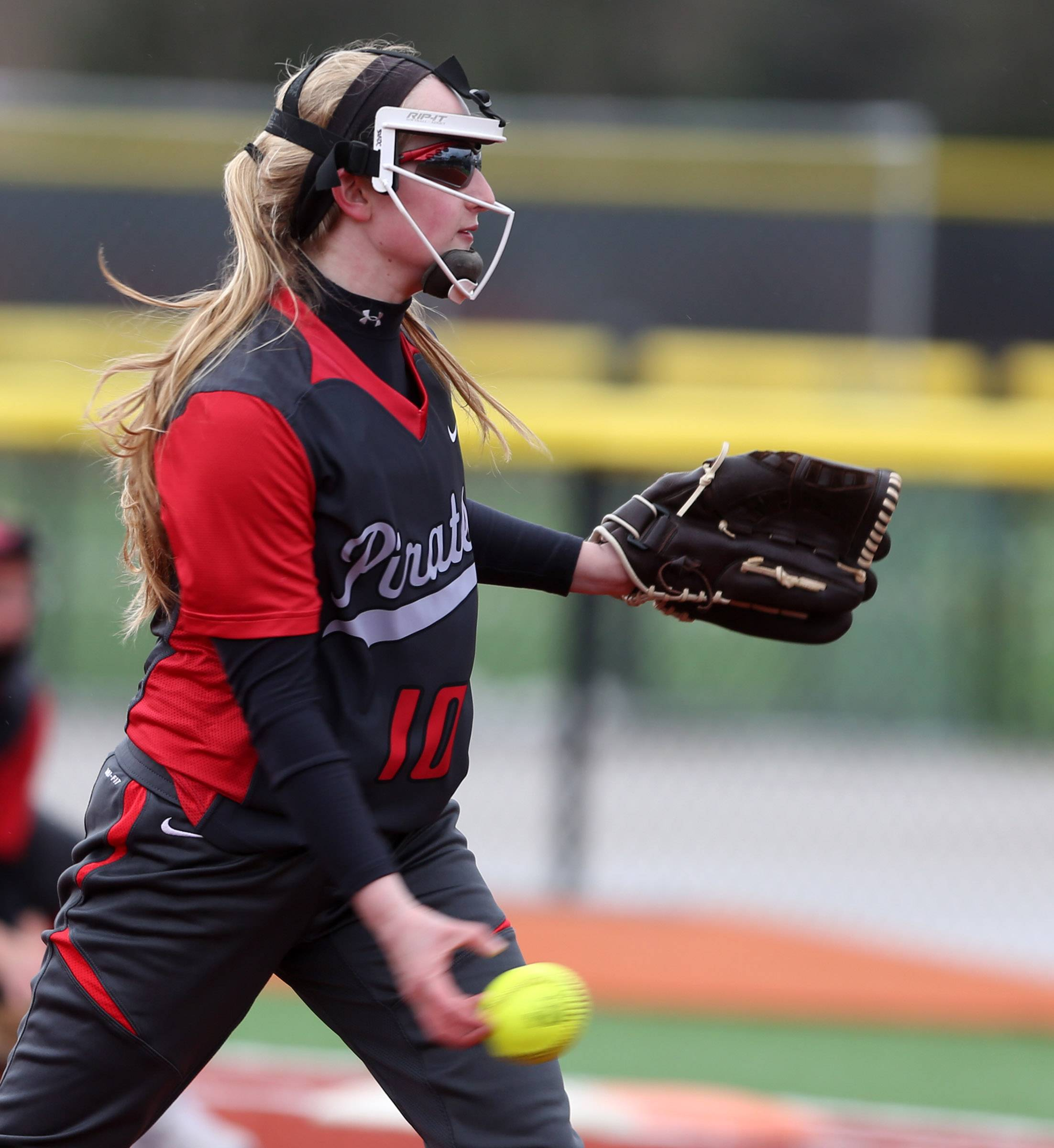 Palatine pitcher Erin Davis delivers against Wheeling on Thursday at Heritage Park in Wheeling.