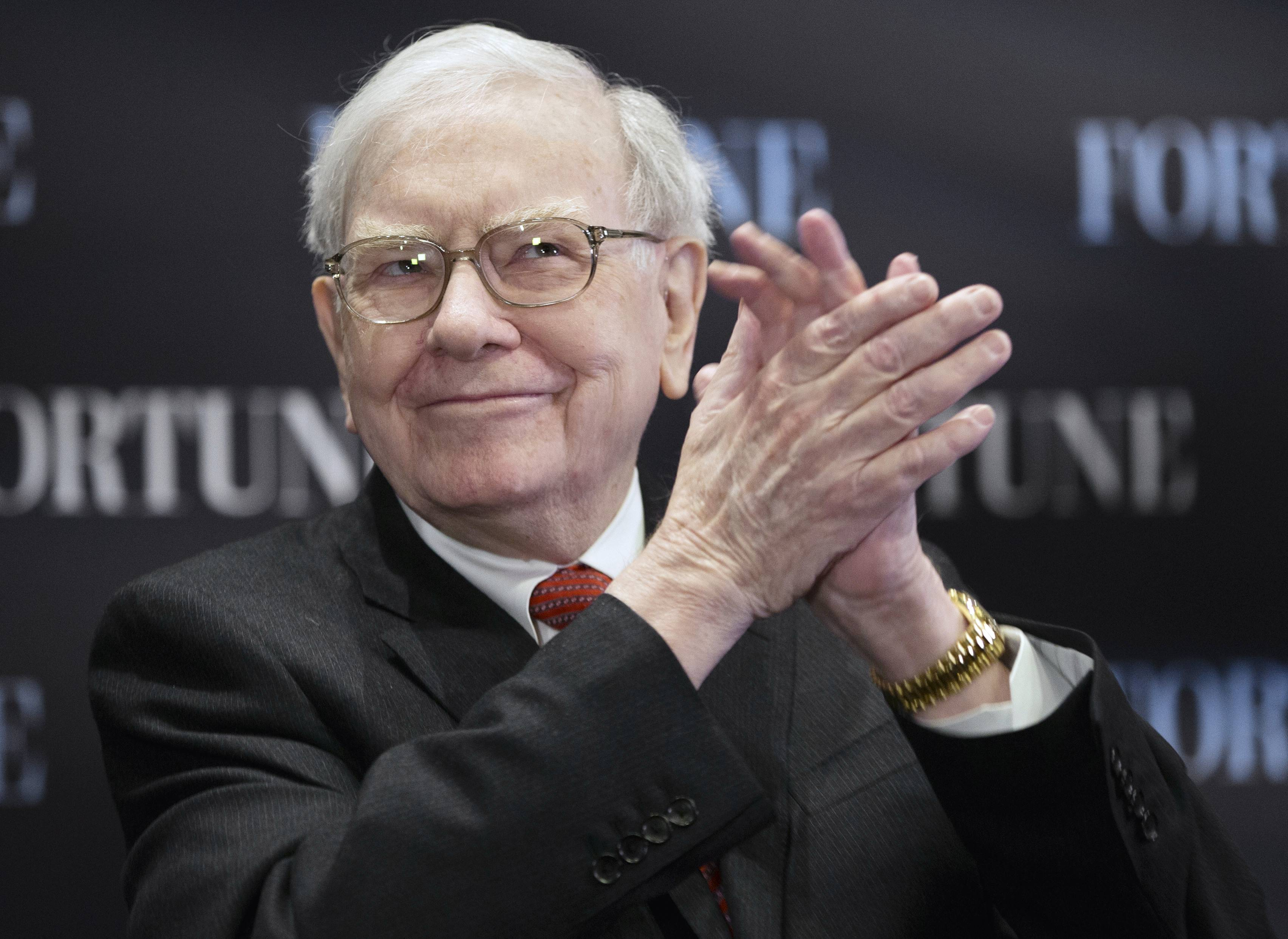 Warren Buffett's failure to beat the stock market in four of the past five years has raised the issue of whether Berkshire Hathaway's 83-year-old CEO has lost his touch.