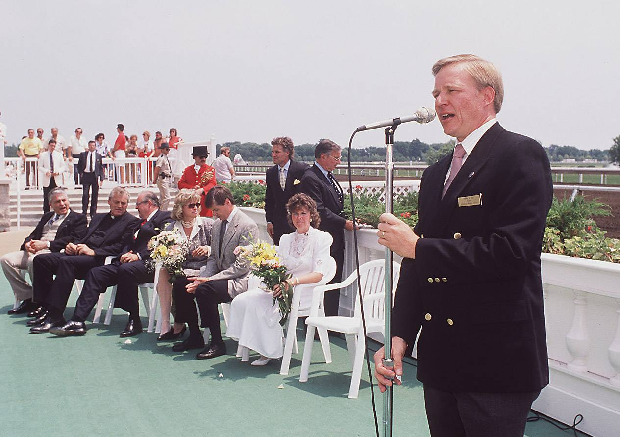 Arlington Heights Mayor William Maki speaks at the grand opening of Arlington International Racecourse on July 1, 1989.