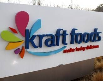 Northfield-based Kraft reported a higher profit for its first quarter on Thursday as cost-cutting and one-time benefits helped offset a decline in revenue.